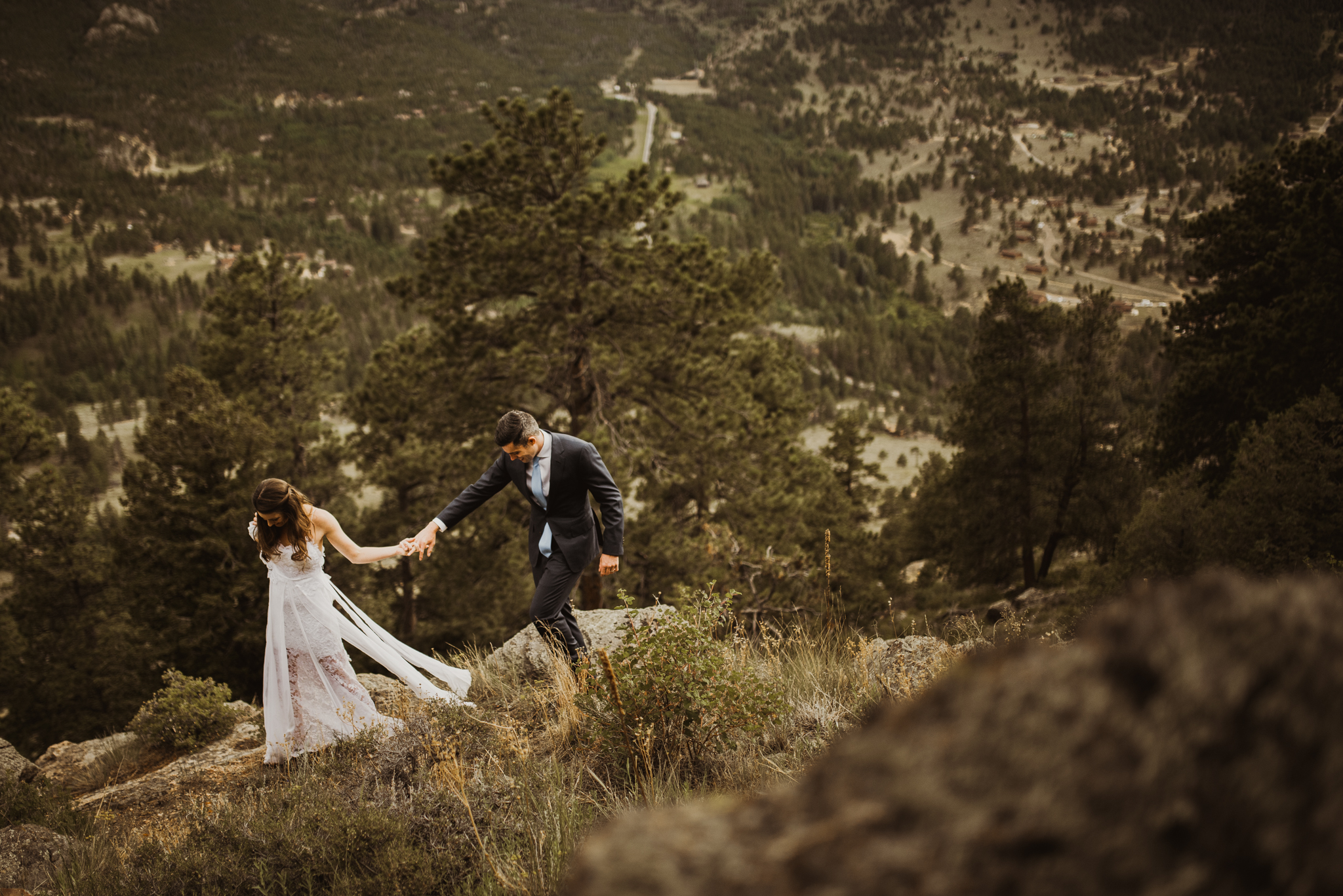 ©Isaiah + Taylor Photography - Estes National Park Adventure Elopement, Colorado Rockies-110.jpg