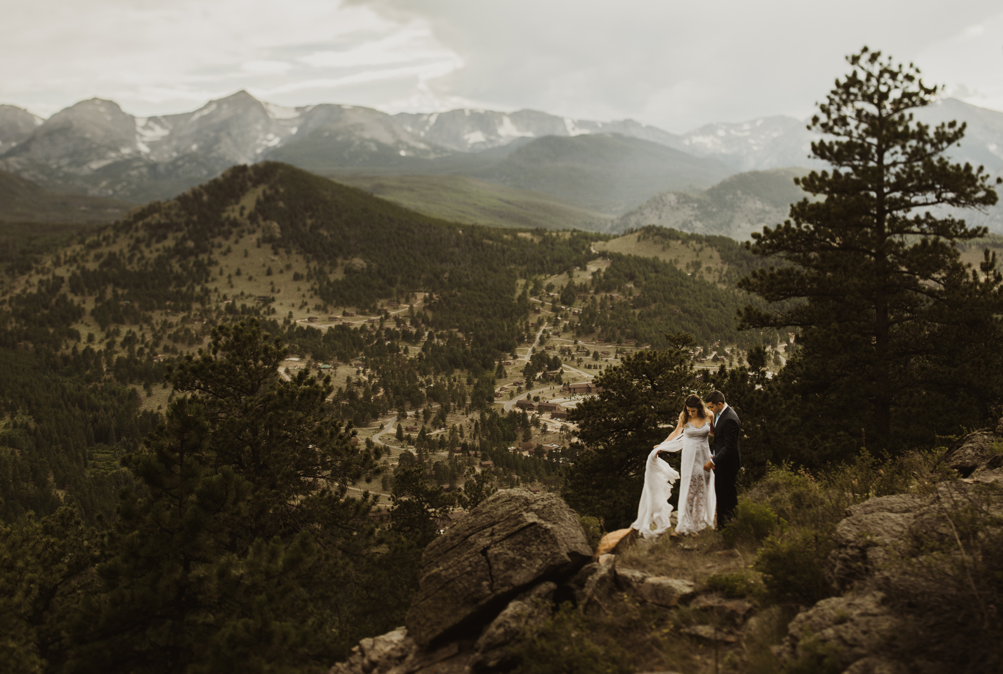 ©Isaiah + Taylor Photography - Estes National Park Adventure Elopement, Colorado Rockies-118.jpg