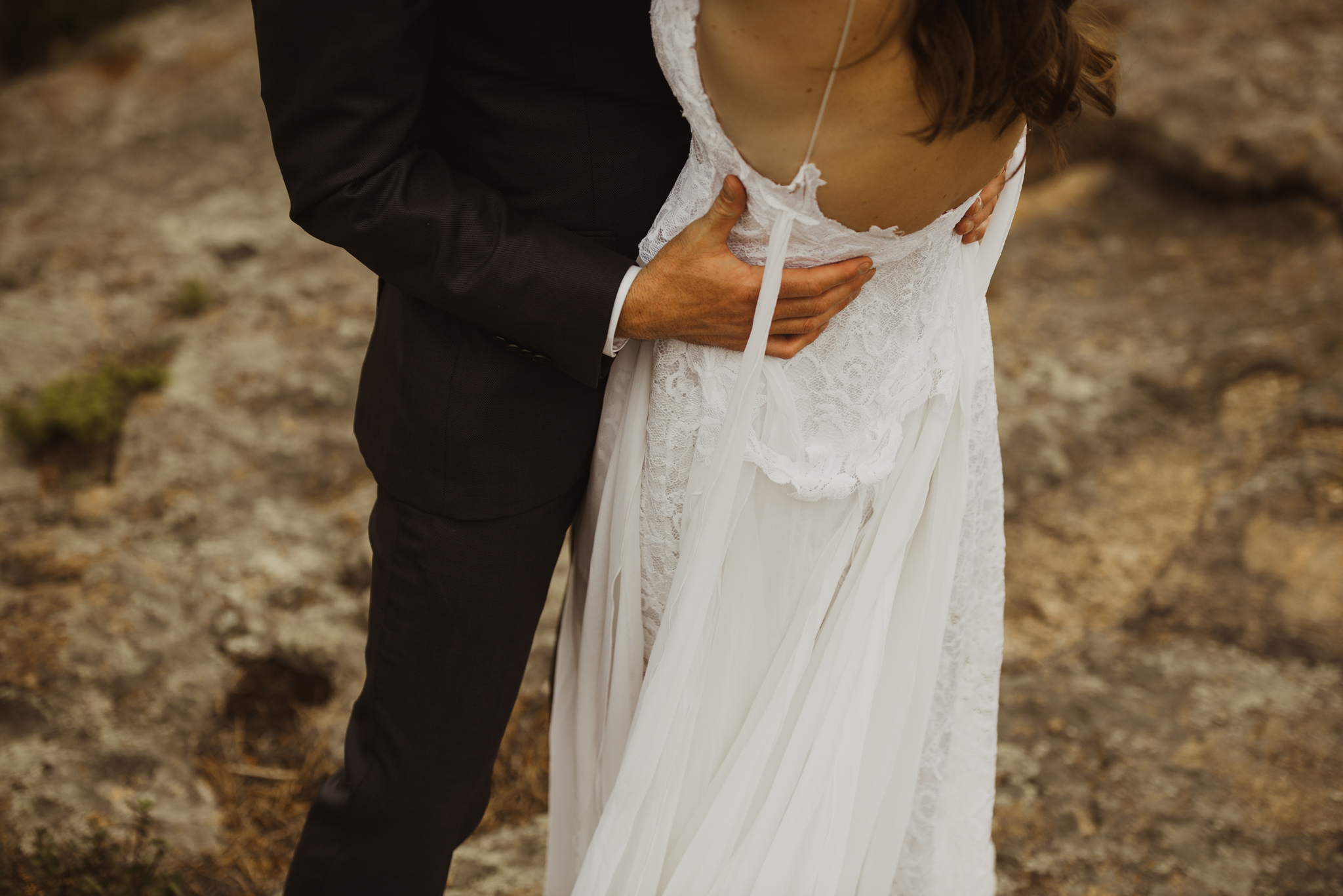 ©Isaiah + Taylor Photography - Estes National Park Adventure Elopement, Colorado Rockies-133.jpg