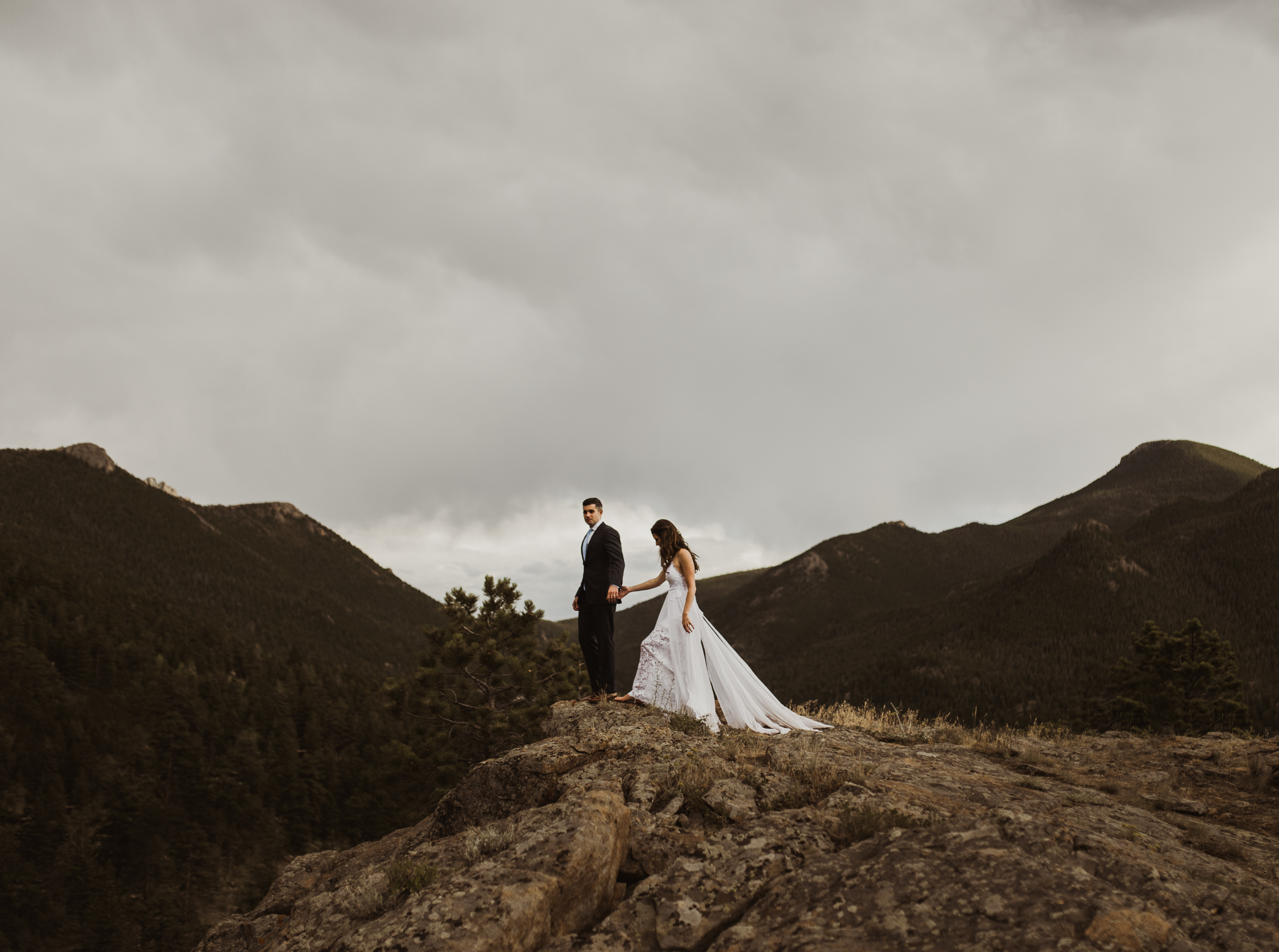 ©Isaiah + Taylor Photography - Estes National Park Adventure Elopement, Colorado Rockies-138.jpg
