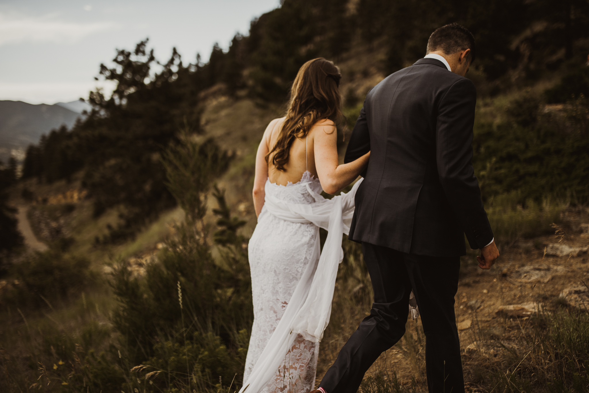 ©Isaiah + Taylor Photography - Estes National Park Adventure Elopement, Colorado Rockies-147.jpg