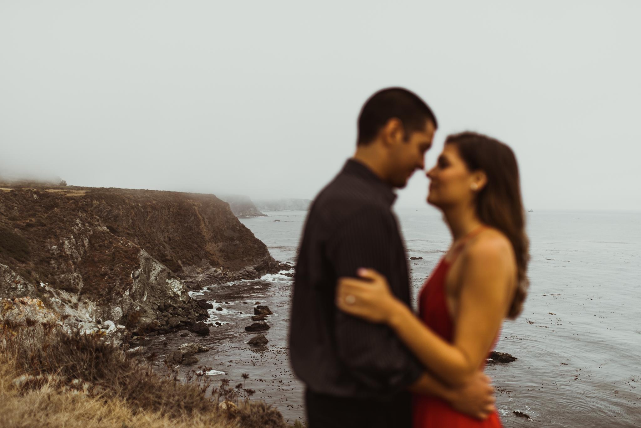 ©Isaiah + Taylor Photography - Big Sur Wedding Engagement Photographer-40.jpg
