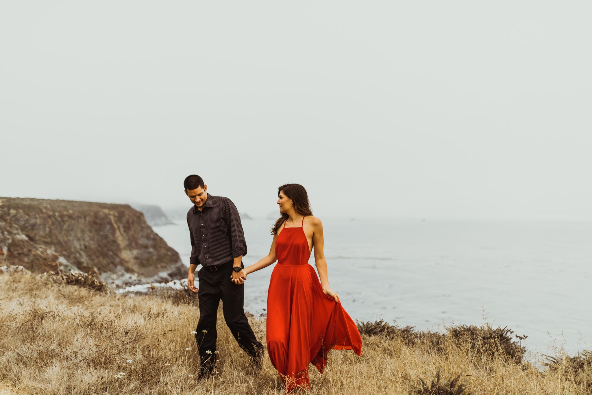 ©Isaiah + Taylor Photography - Big Sur Wedding Engagement Photographer-43.jpg
