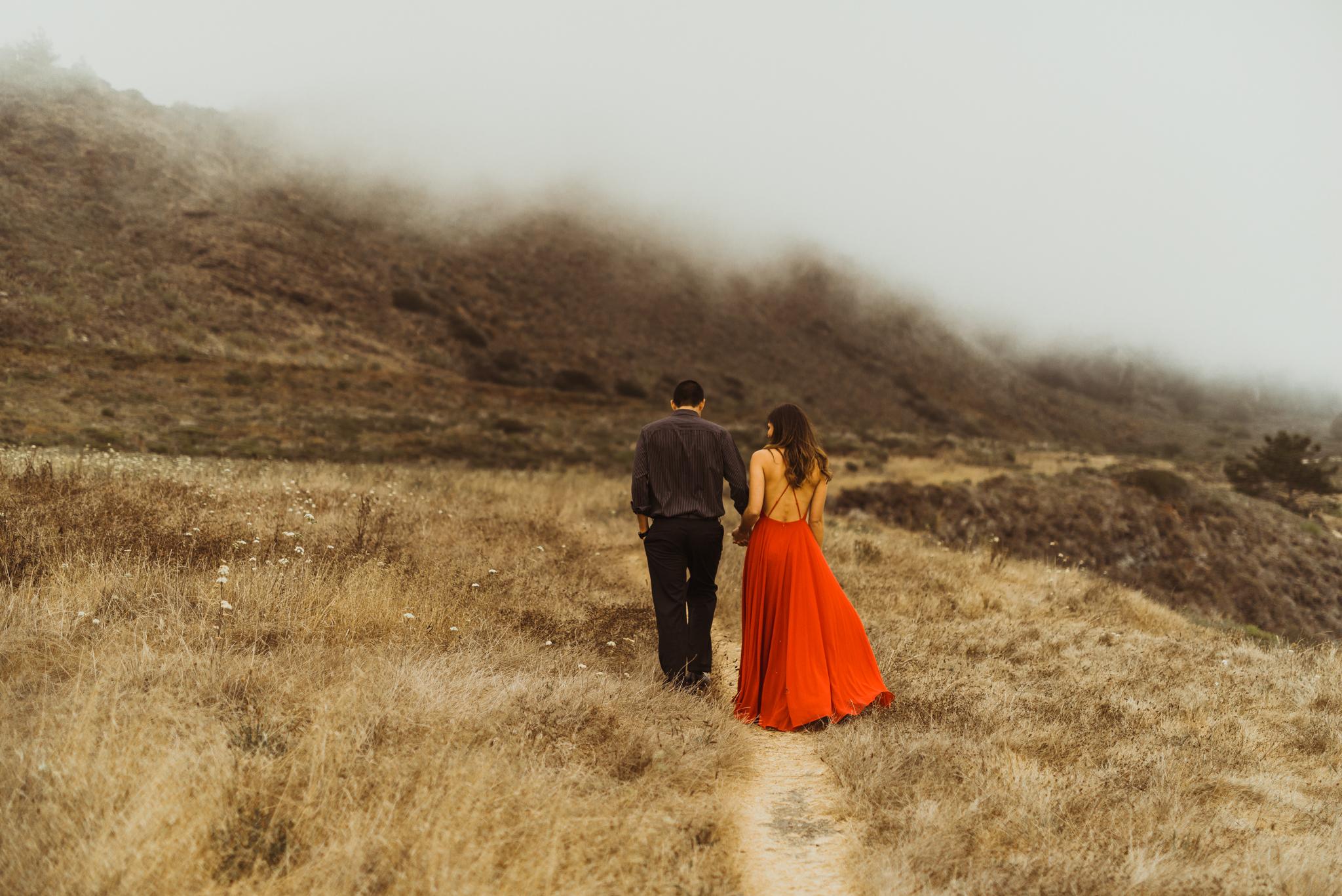 ©Isaiah + Taylor Photography - Big Sur Wedding Engagement Photographer-44.jpg