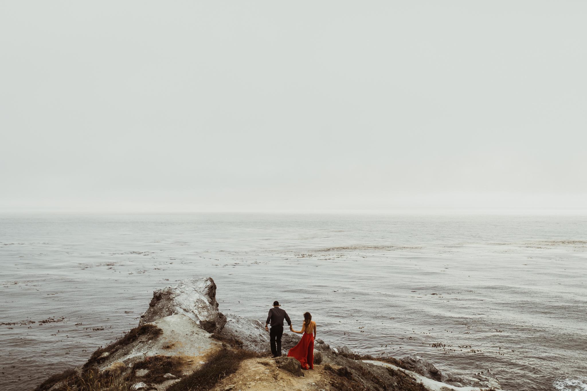 ©Isaiah + Taylor Photography - Big Sur Wedding Engagement Photographer-51.jpg