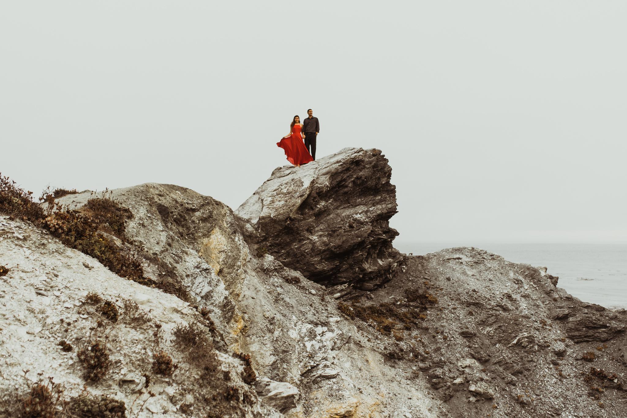©Isaiah + Taylor Photography - Big Sur Wedding Engagement Photographer-59.jpg