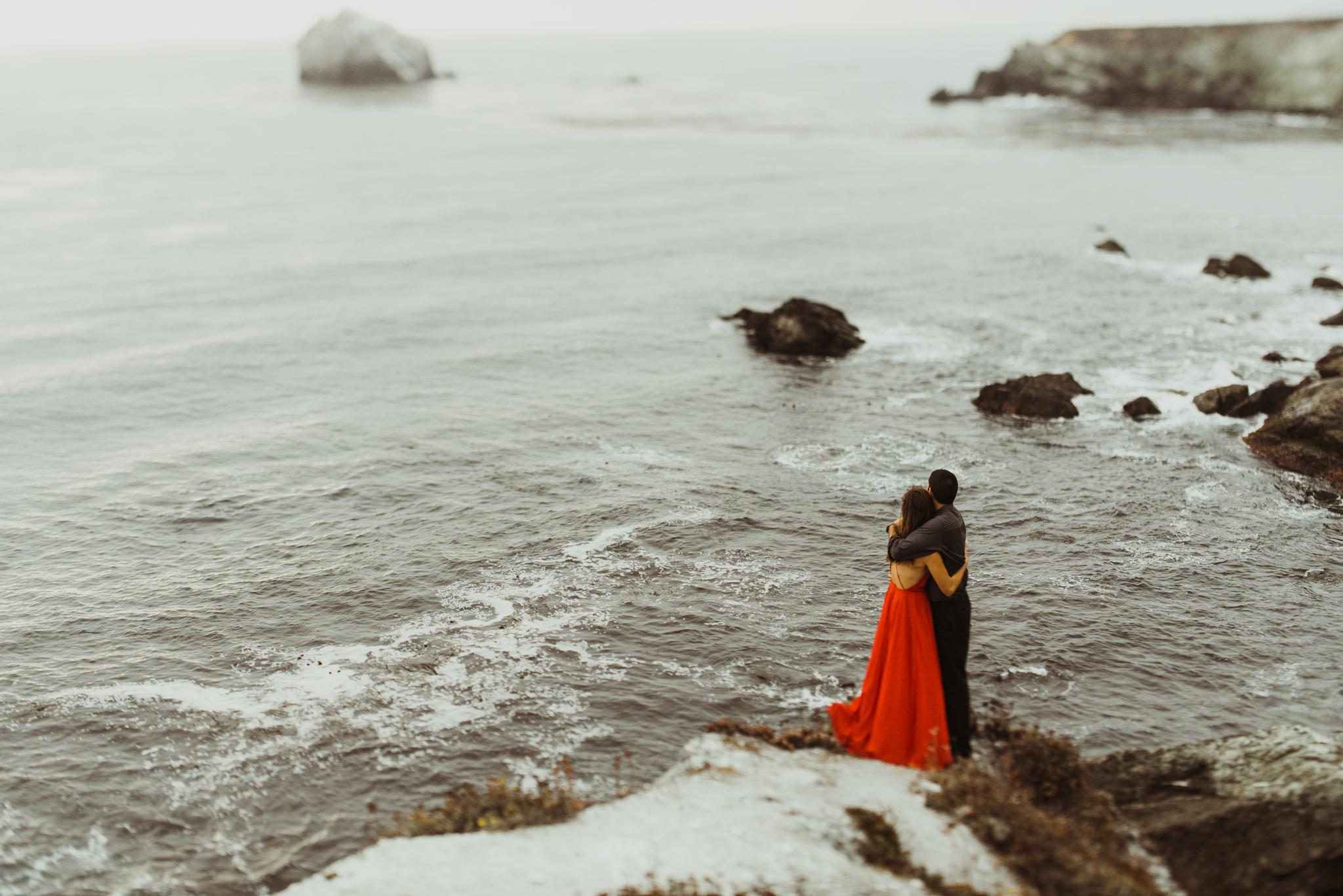 ©Isaiah + Taylor Photography - Big Sur Wedding Engagement Photographer-69.jpg