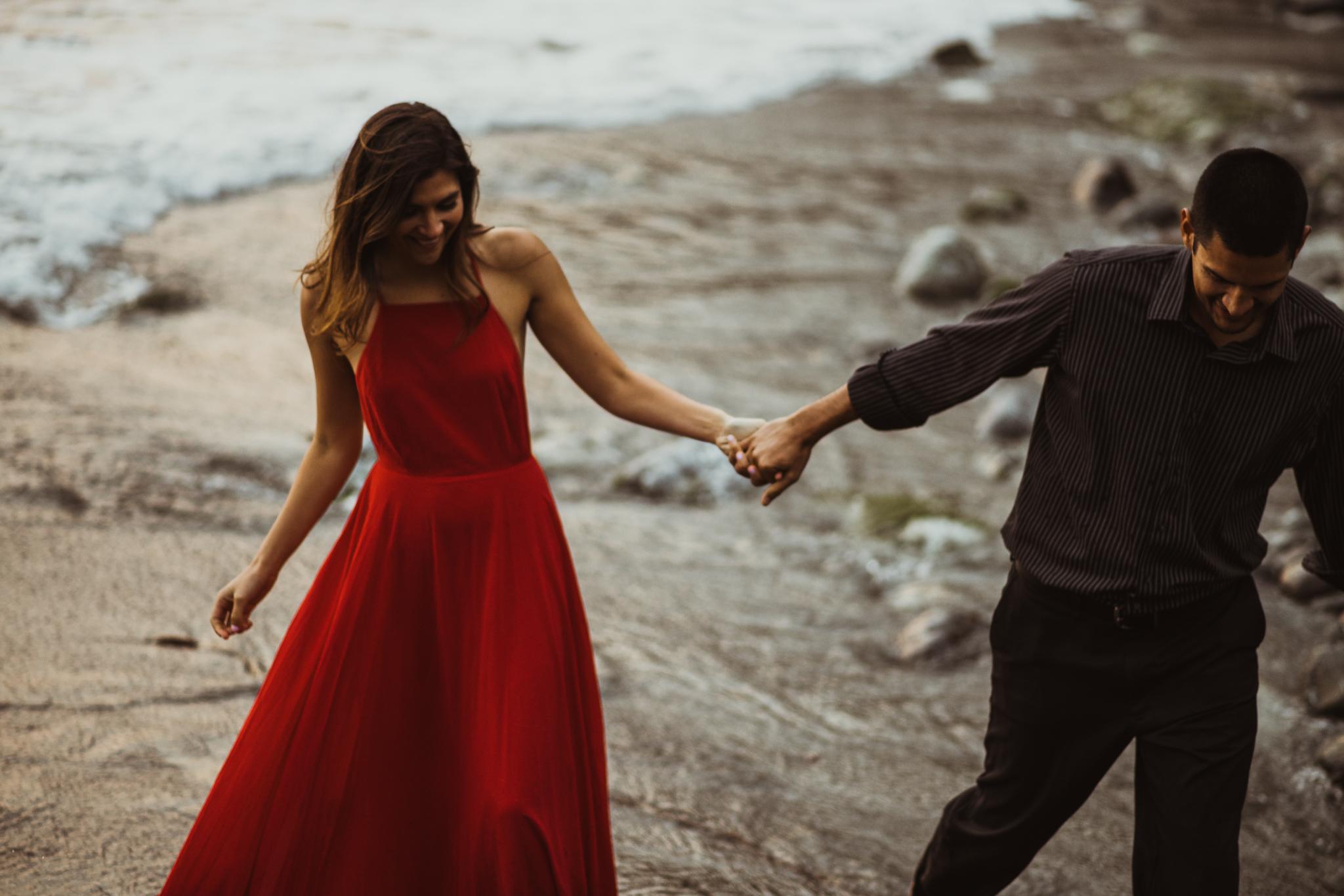 ©Isaiah + Taylor Photography - Big Sur Wedding Engagement Photographer-100.jpg