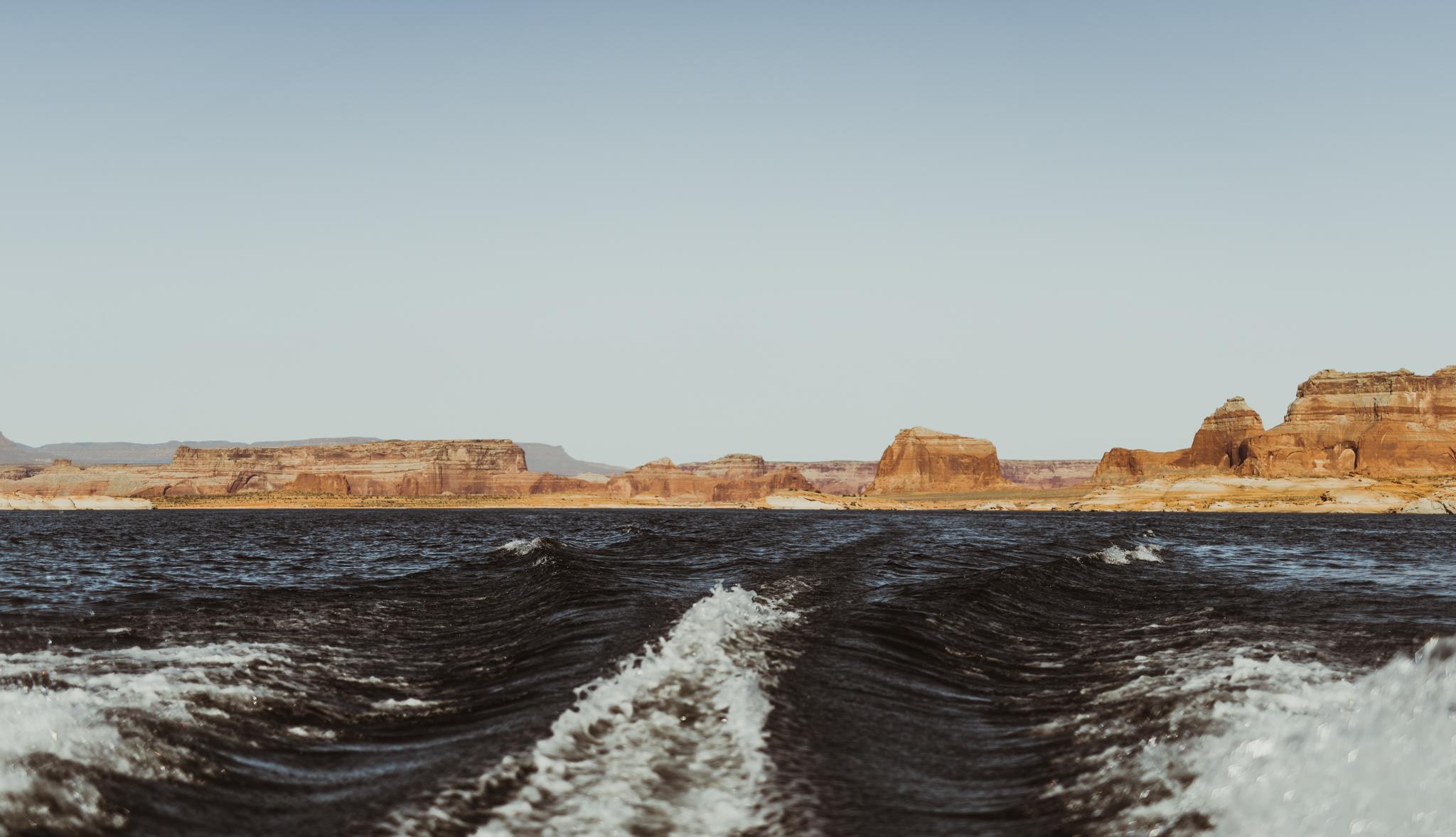 ©Isaiah + Taylor Photography - Lake Powell Elopement & Antelope Canyon & Horseshoe Bend, Page, Arizona-39-2.jpg