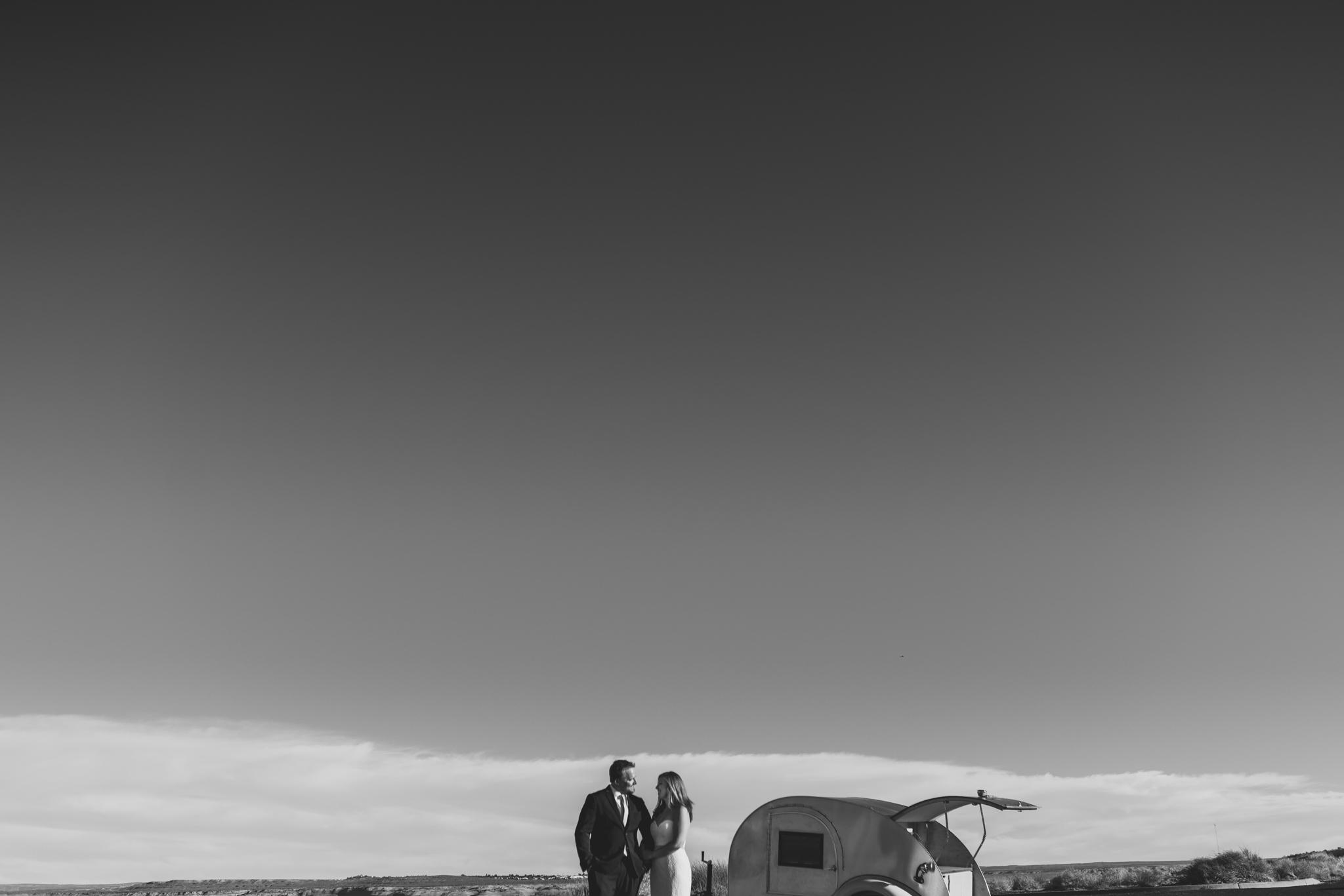 ©Isaiah + Taylor Photography - Lake Powell Elopement & Antelope Canyon & Horseshoe Bend, Page, Arizona-53.jpg