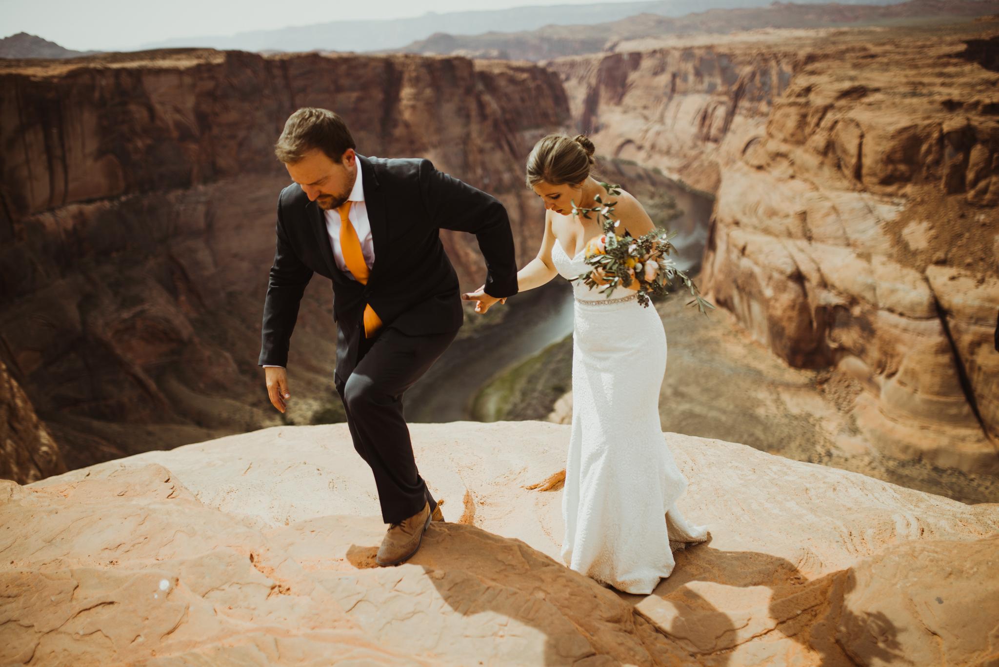 ©Isaiah + Taylor Photography - Lake Powell Elopement & Antelope Canyon & Horseshoe Bend, Page, Arizona-107.jpg