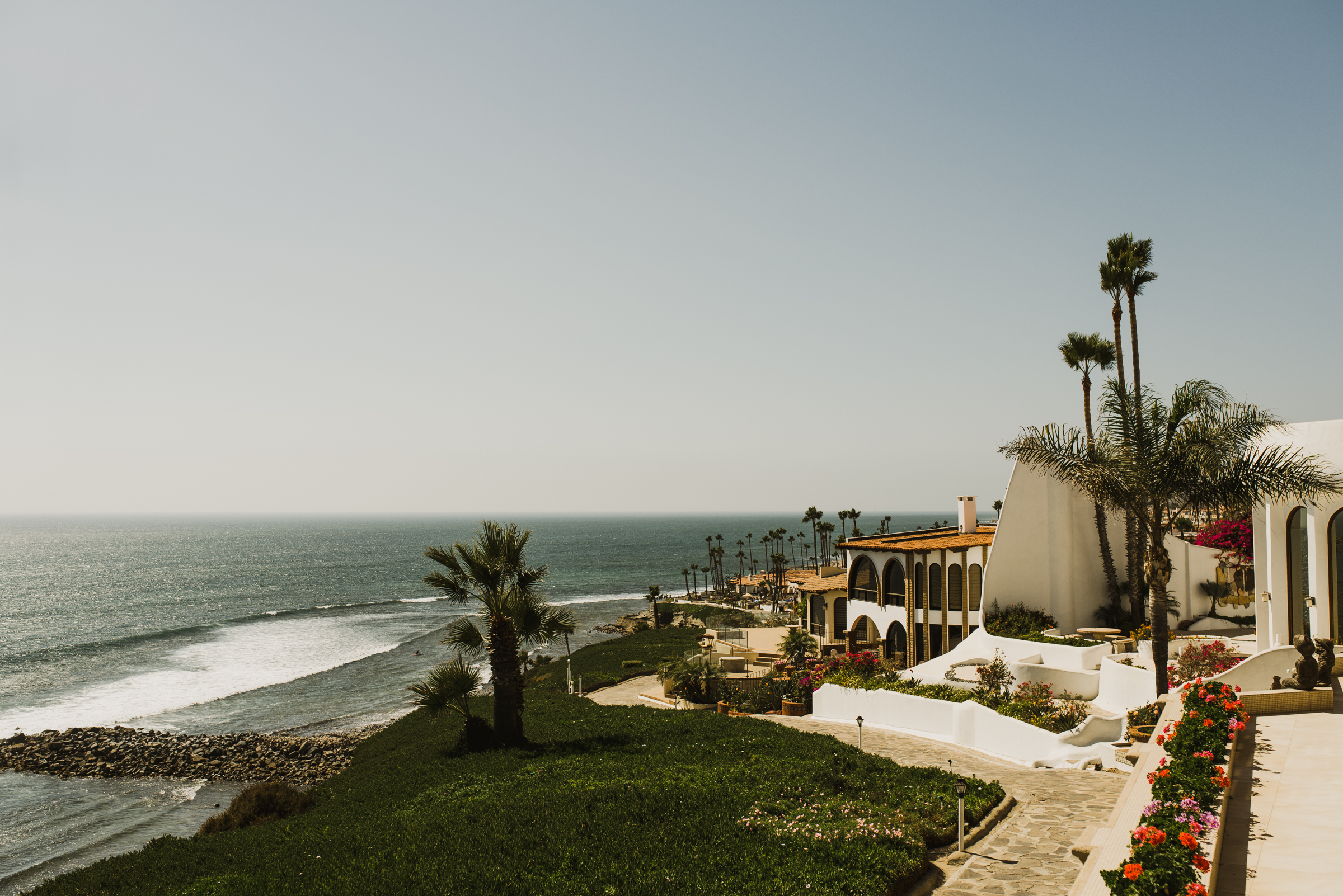 ©Isaiah + Taylor Photography - Rosarito Beach Destination Wedding, Mexico-0002.jpg
