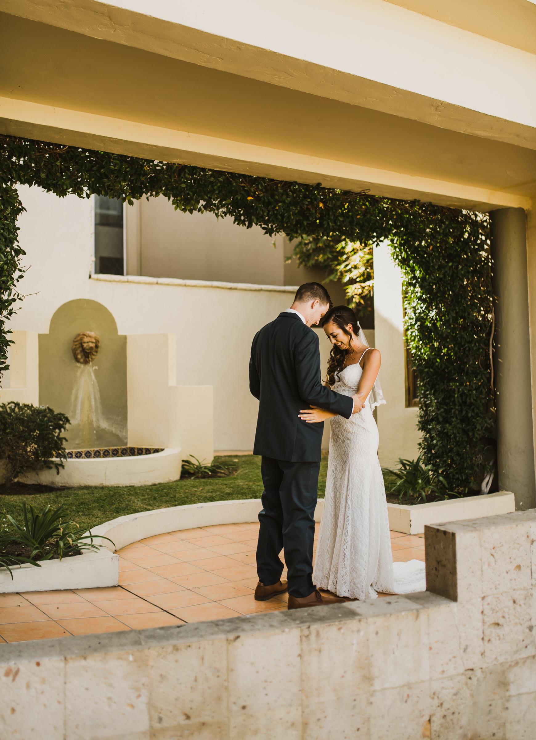 ©Isaiah + Taylor Photography - Rosarito Beach Destination Wedding, Mexico-0027.jpg