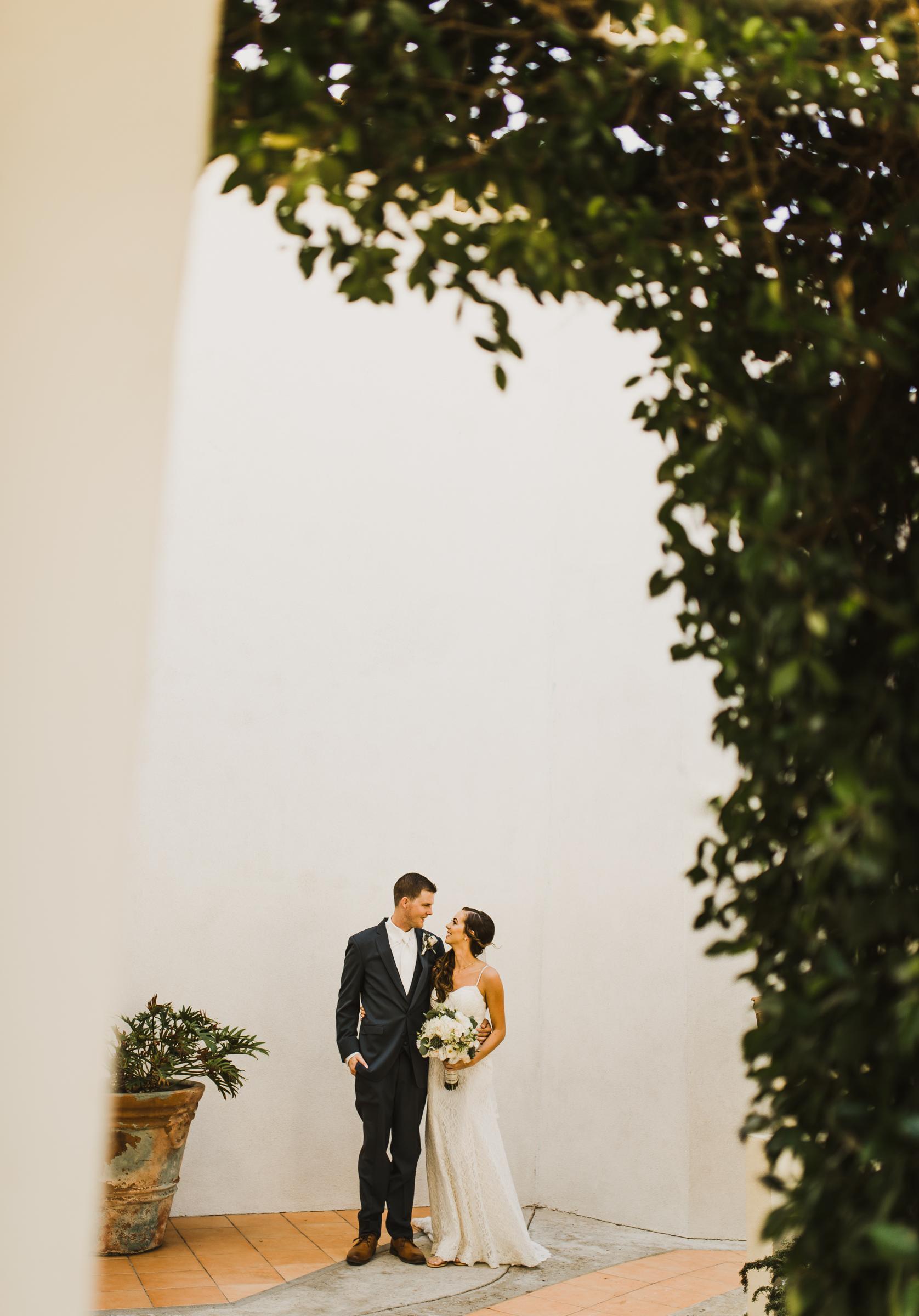 ©Isaiah + Taylor Photography - Rosarito Beach Destination Wedding, Mexico-0040.jpg