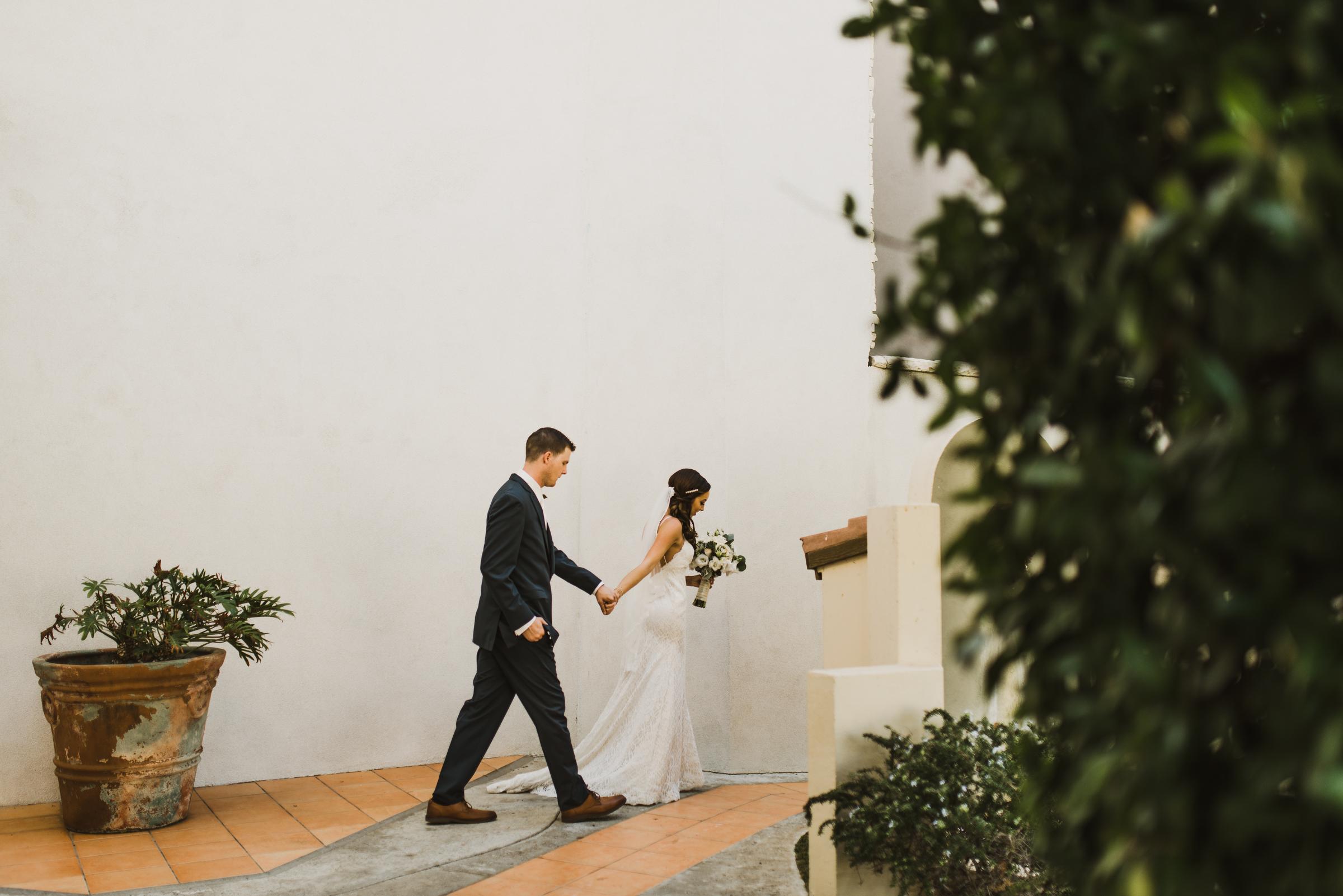 ©Isaiah + Taylor Photography - Rosarito Beach Destination Wedding, Mexico-0042.jpg