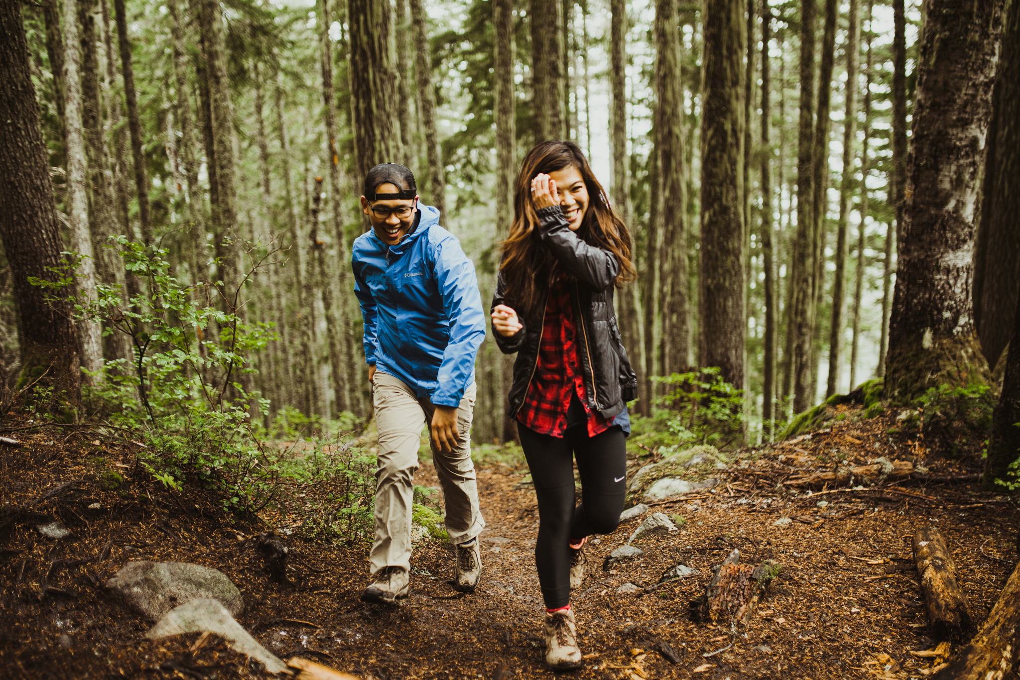 ©Isaiah-&-Taylor-Photography---Hidden-Lake-Cascade-Mountains-Engagement,-Washington-018.jpg