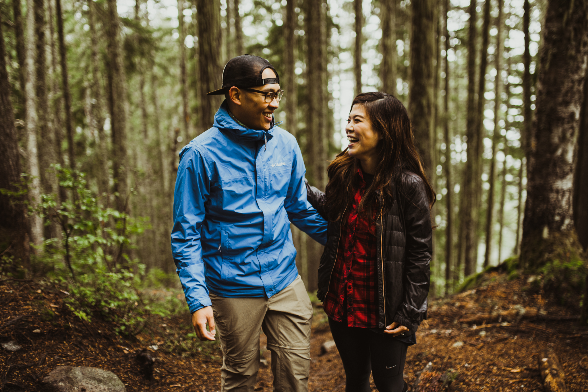 ©Isaiah-&-Taylor-Photography---Hidden-Lake-Cascade-Mountains-Engagement,-Washington-020.jpg