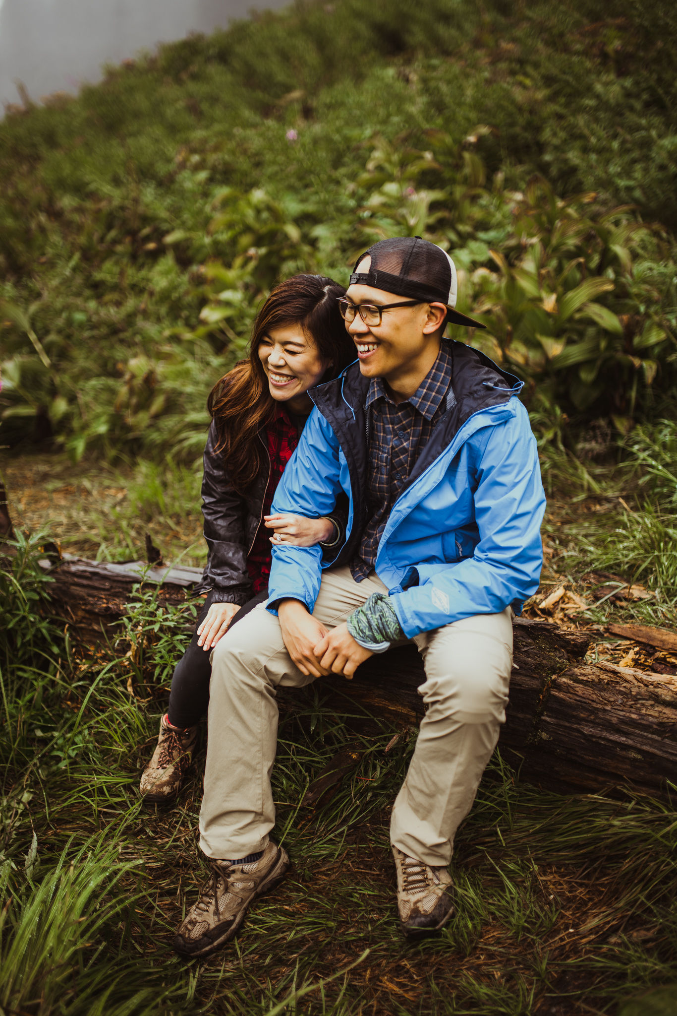 ©Isaiah-&-Taylor-Photography---Hidden-Lake-Cascade-Mountains-Engagement,-Washington-037.jpg