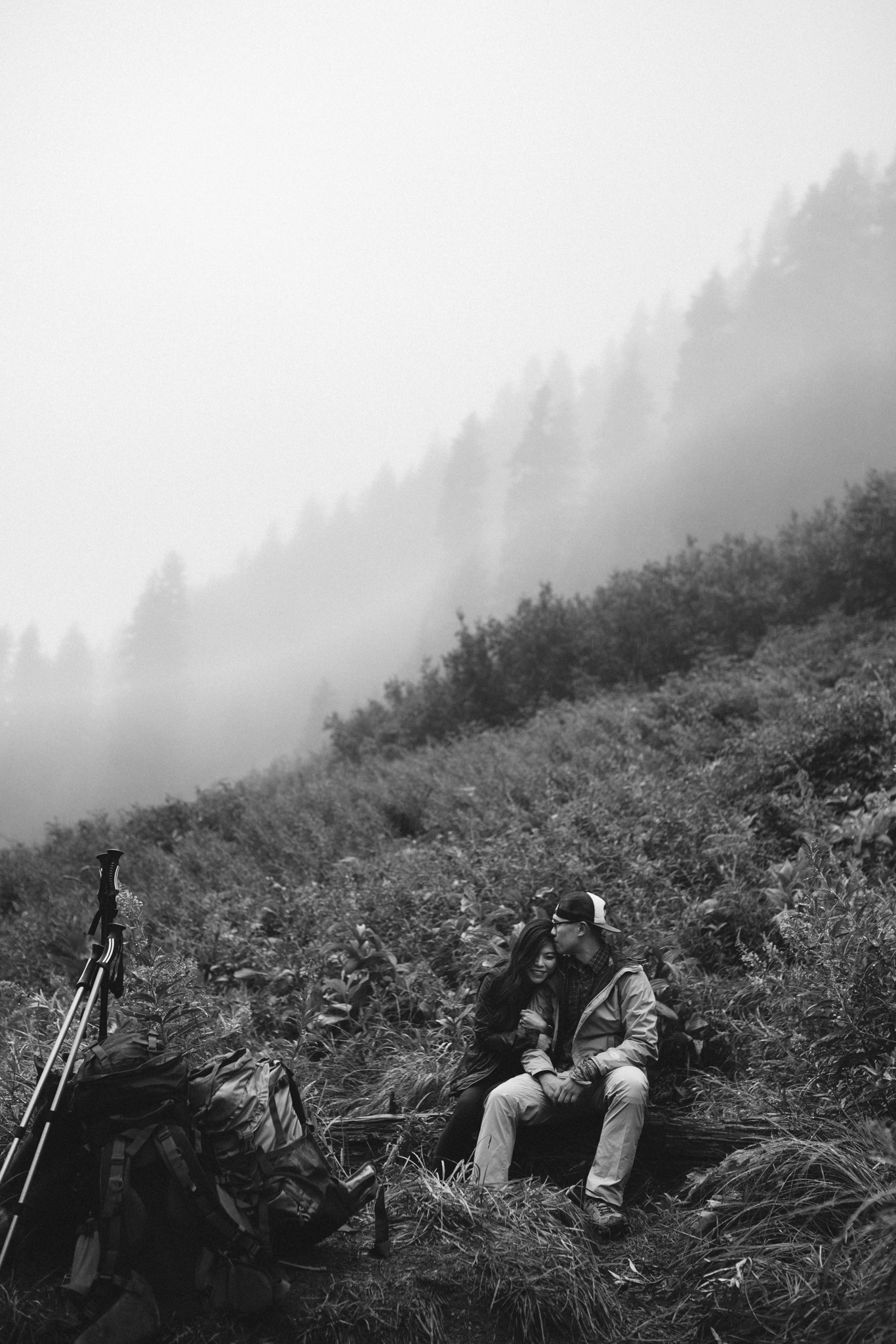 ©Isaiah-&-Taylor-Photography---Hidden-Lake-Cascade-Mountains-Engagement,-Washington-041.jpg