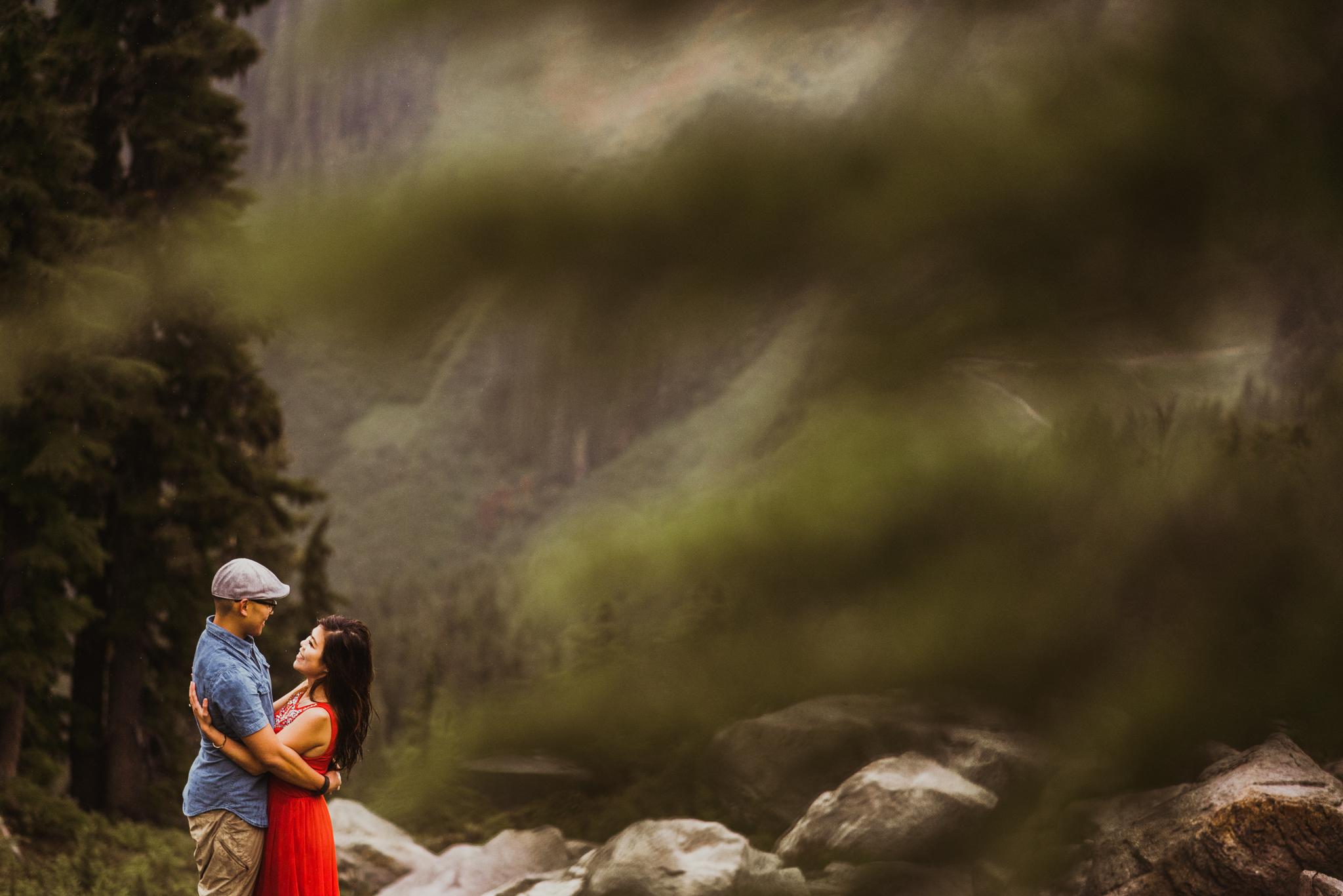 ©Isaiah-&-Taylor-Photography---Hidden-Lake-Cascade-Mountains-Engagement,-Washington-075.jpg