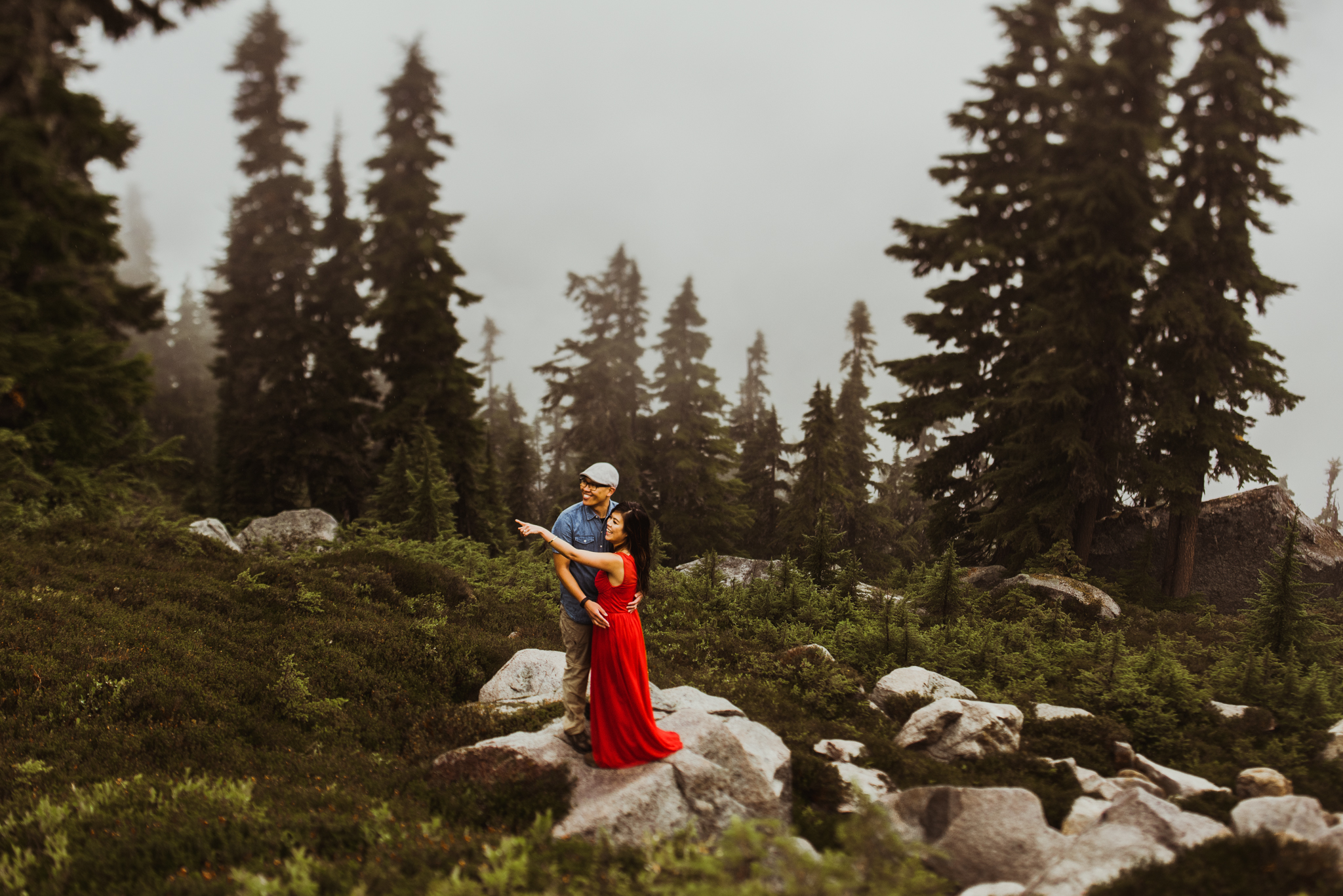 ©Isaiah-&-Taylor-Photography---Hidden-Lake-Cascade-Mountains-Engagement,-Washington-078.jpg