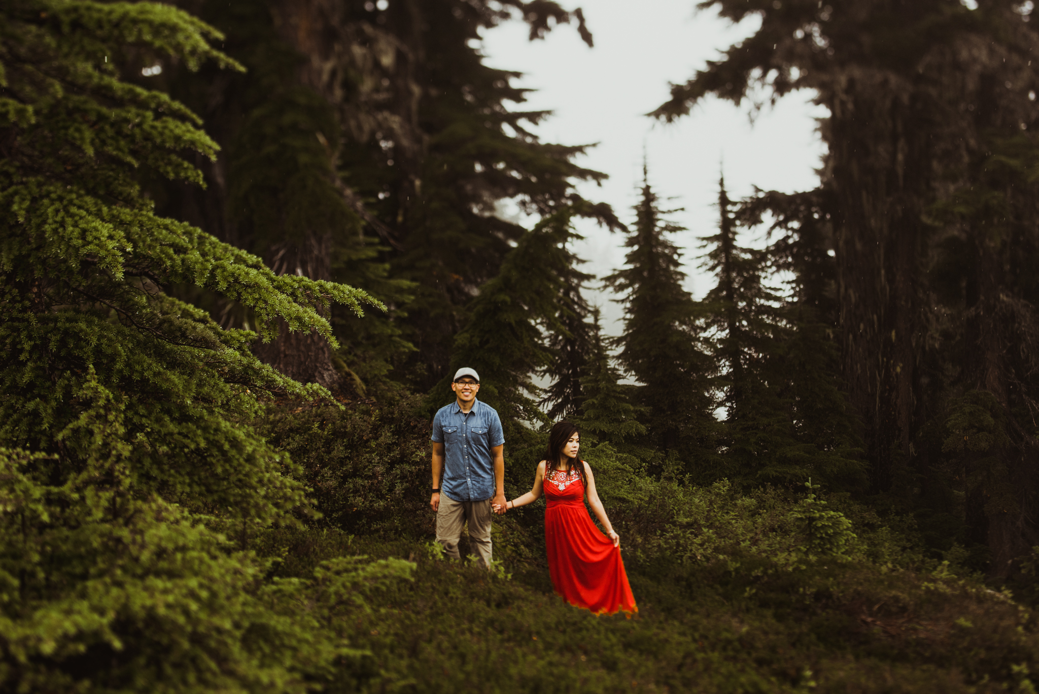 ©Isaiah-&-Taylor-Photography---Hidden-Lake-Cascade-Mountains-Engagement,-Washington-084.jpg