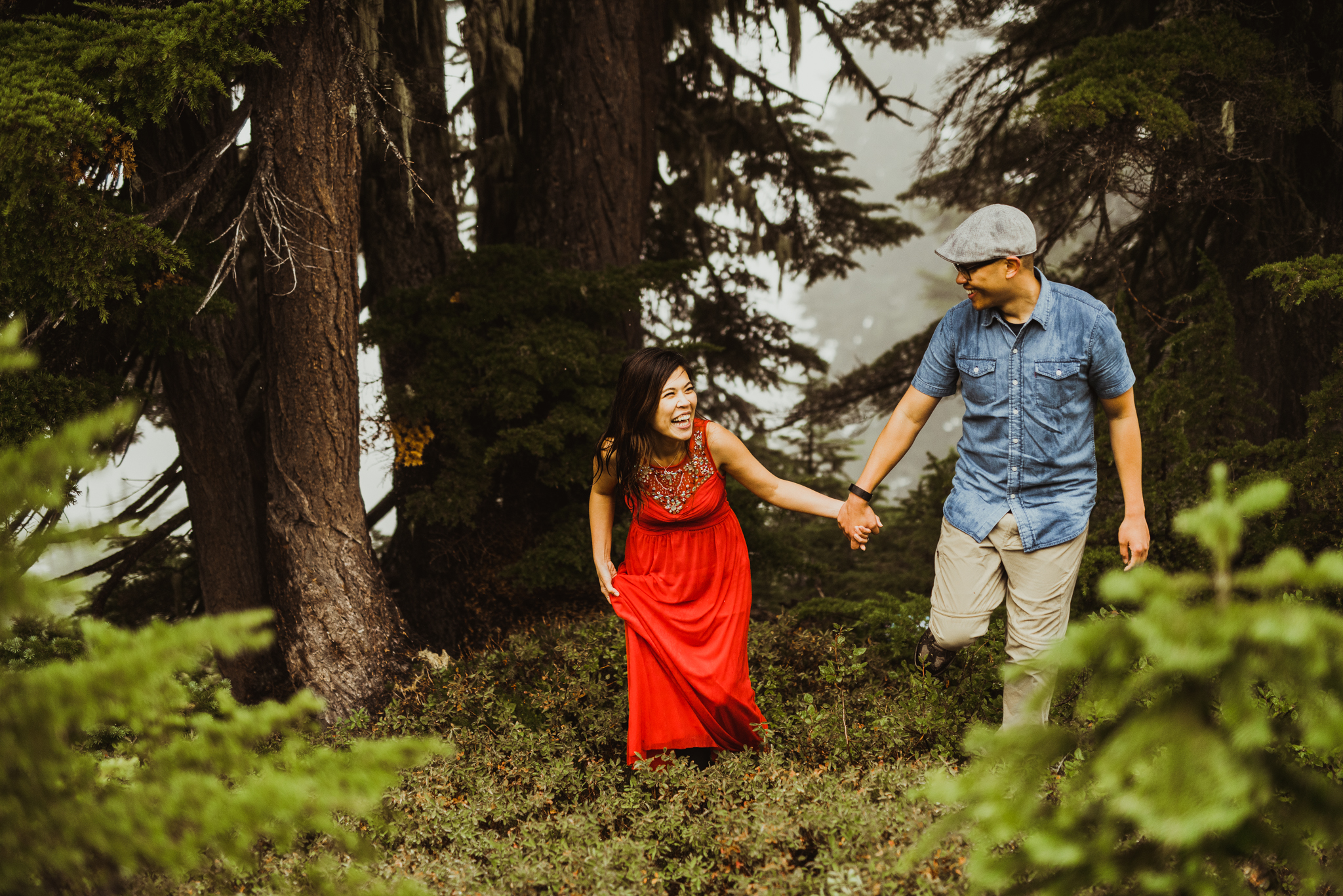 ©Isaiah-&-Taylor-Photography---Hidden-Lake-Cascade-Mountains-Engagement,-Washington-098.jpg