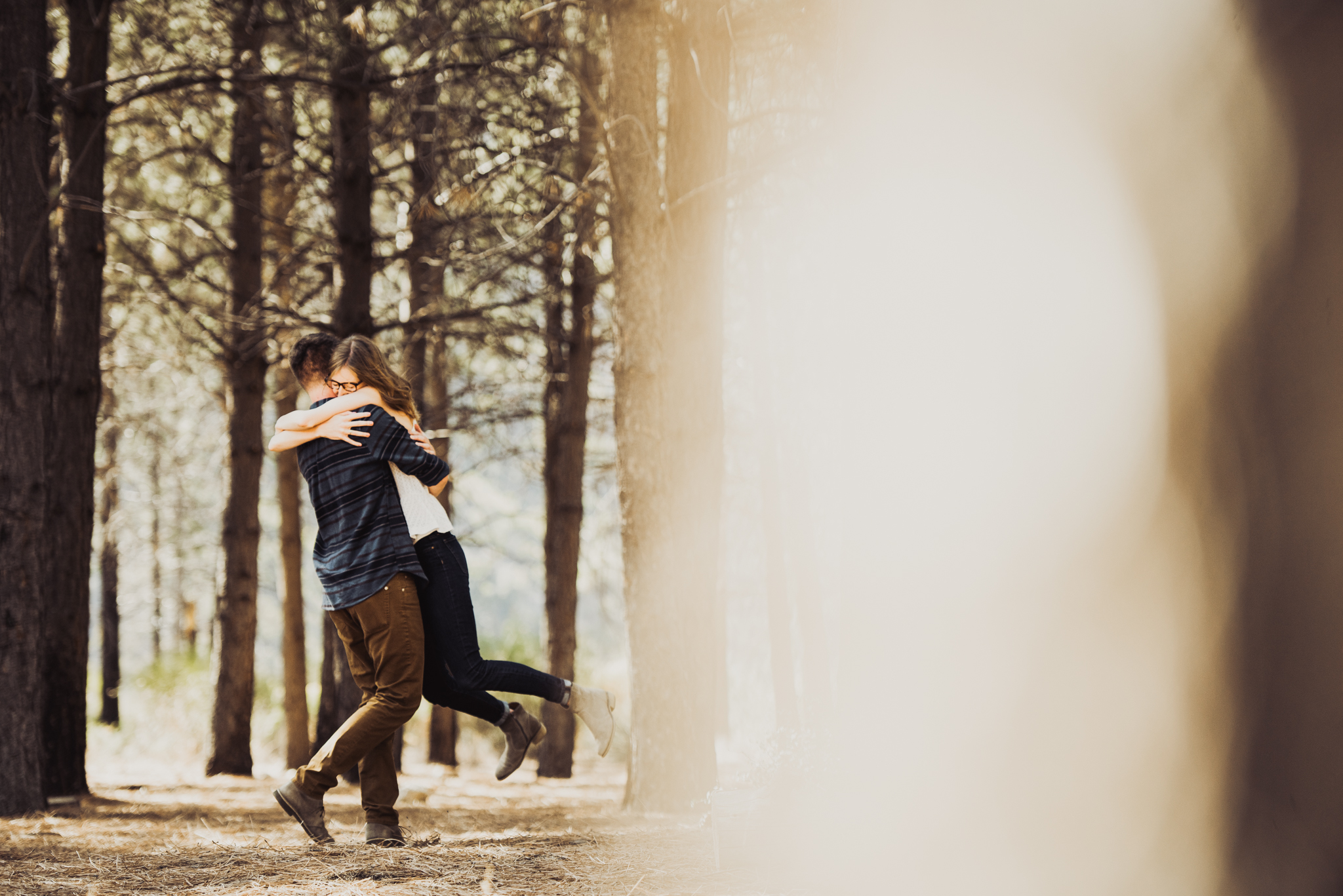 ©Isaiah + Taylor Photography - Los Angeles National Forest Engagement-0003.jpg