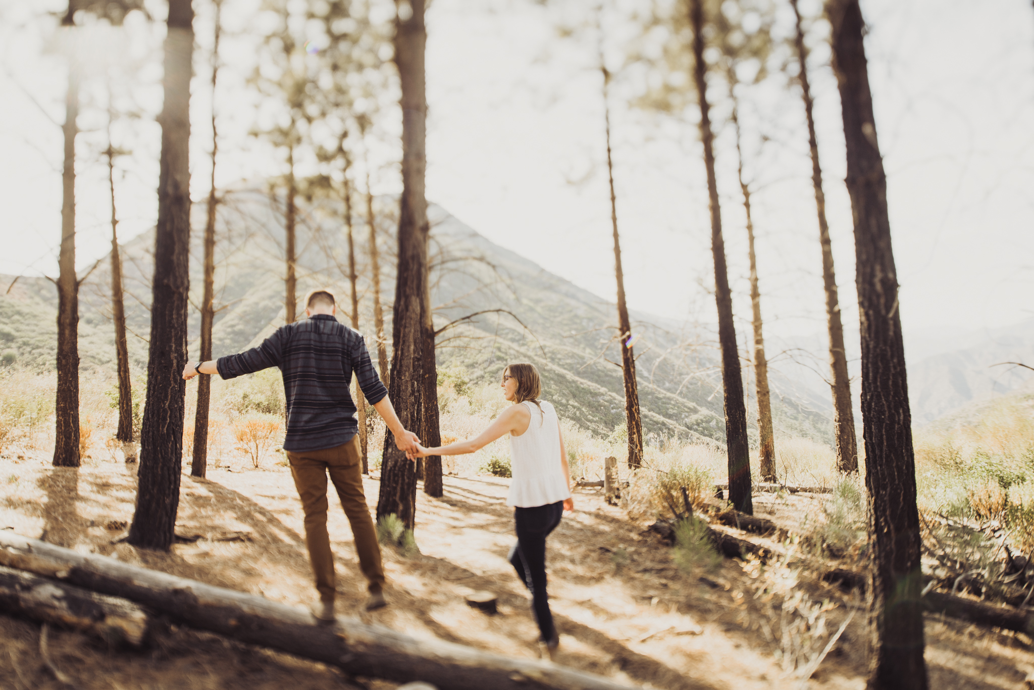 ©Isaiah + Taylor Photography - Los Angeles National Forest Engagement-0021.jpg