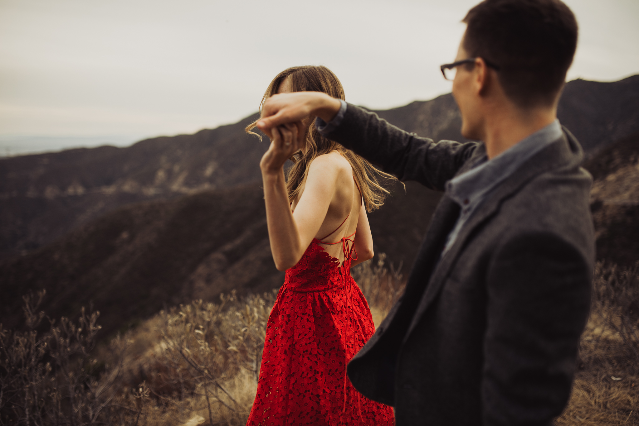 ©Isaiah + Taylor Photography - Los Angeles National Forest Engagement-0078.jpg
