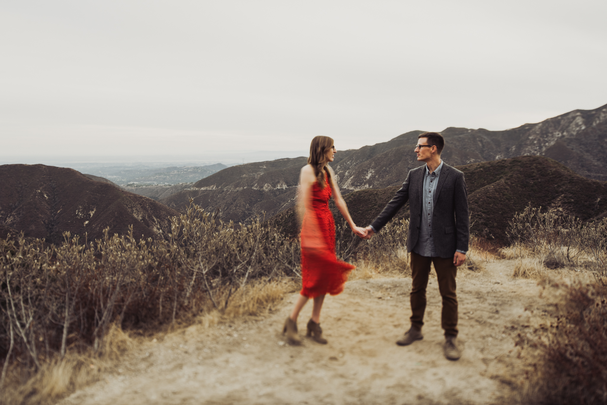 ©Isaiah + Taylor Photography - Los Angeles National Forest Engagement-0084.jpg