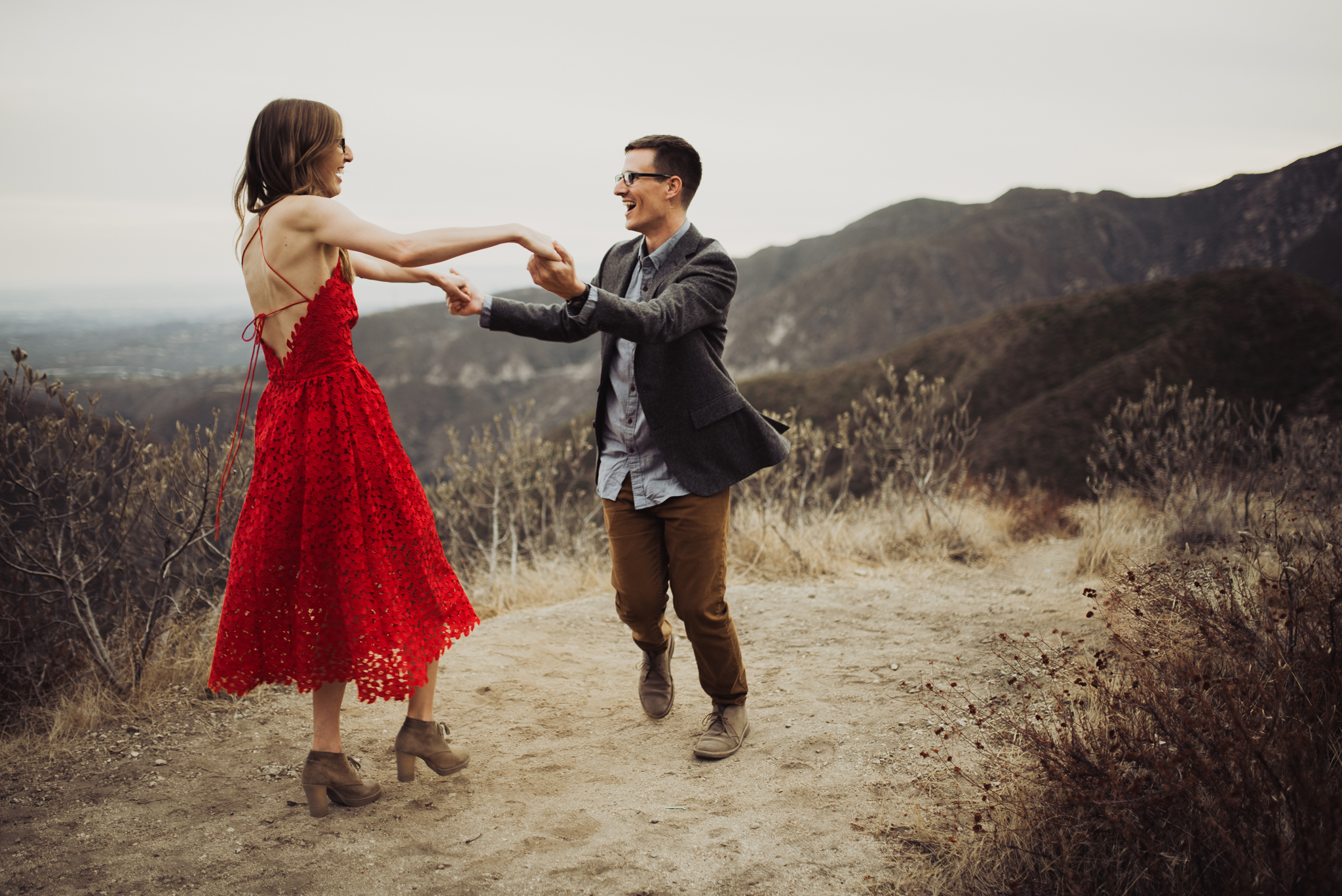 ©Isaiah + Taylor Photography - Los Angeles National Forest Engagement-0085.jpg