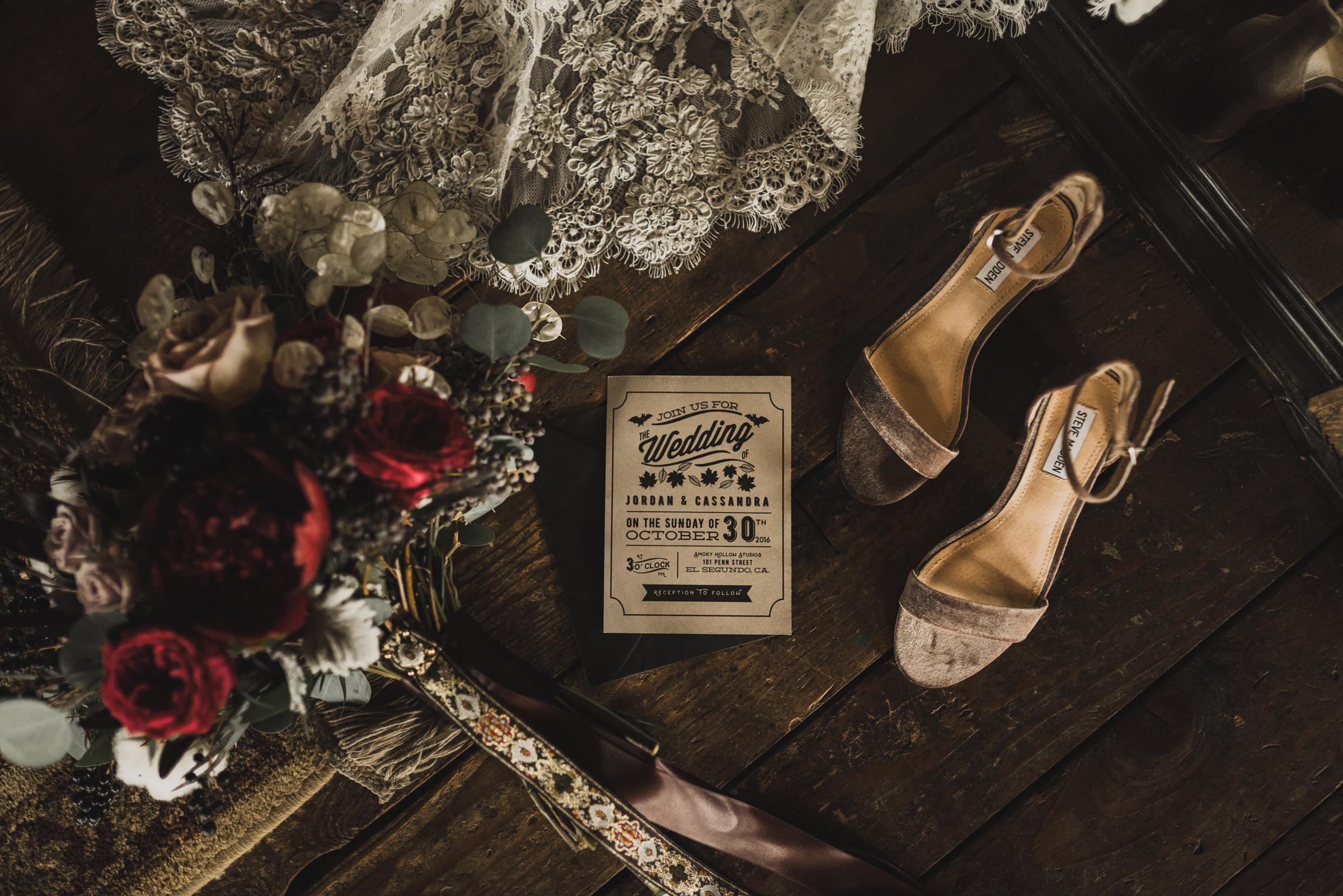 ©Isaiah + Taylor Photography - Smoky Hollow Studios Wedding, El Segundo, Los Angeles Wedding Photographer-4.jpg