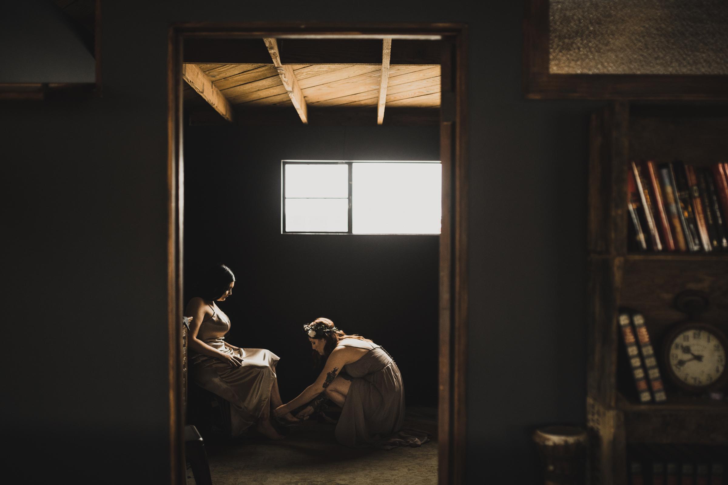 ©Isaiah + Taylor Photography - Smoky Hollow Studios Wedding, El Segundo, Los Angeles Wedding Photographer-9.jpg