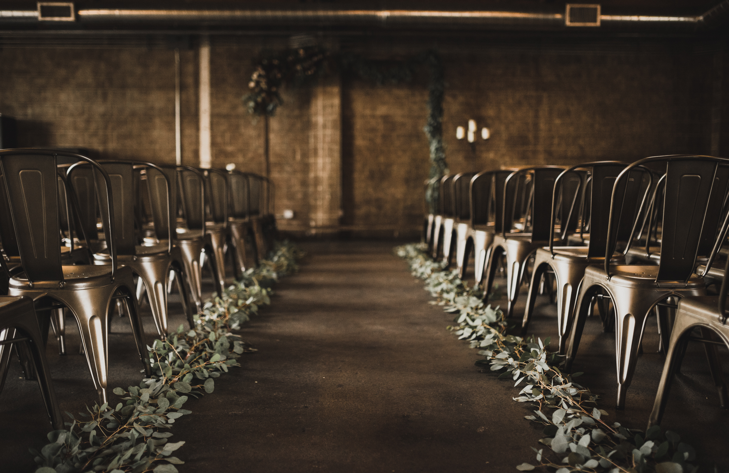 ©Isaiah + Taylor Photography - Smoky Hollow Studios Wedding, El Segundo, Los Angeles Wedding Photographer-42.jpg