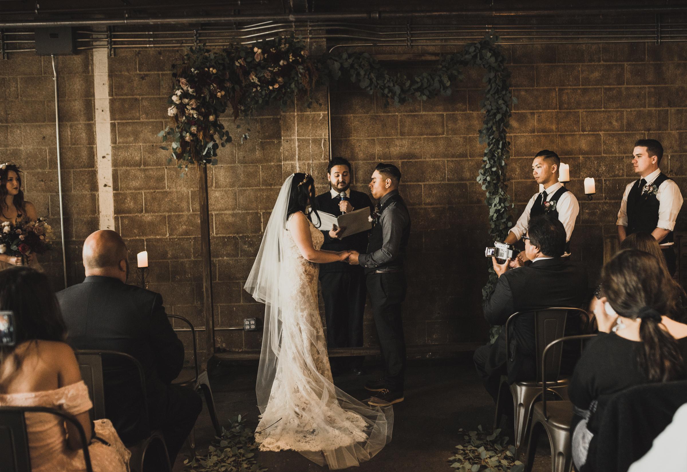 ©Isaiah + Taylor Photography - Smoky Hollow Studios Wedding, El Segundo, Los Angeles Wedding Photographer-49.jpg