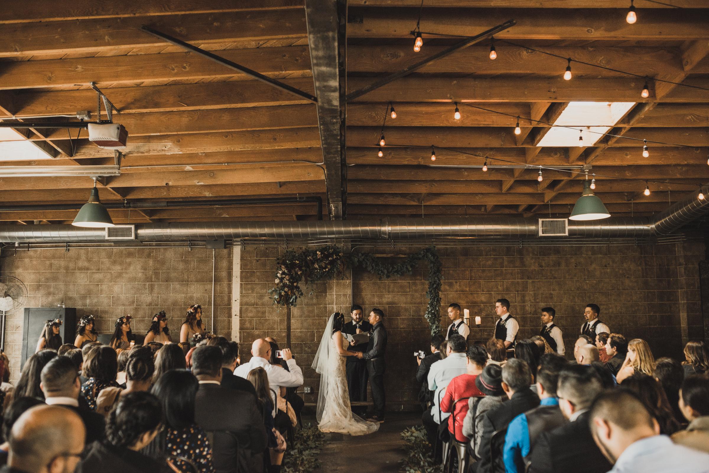 ©Isaiah + Taylor Photography - Smoky Hollow Studios Wedding, El Segundo, Los Angeles Wedding Photographer-51.jpg