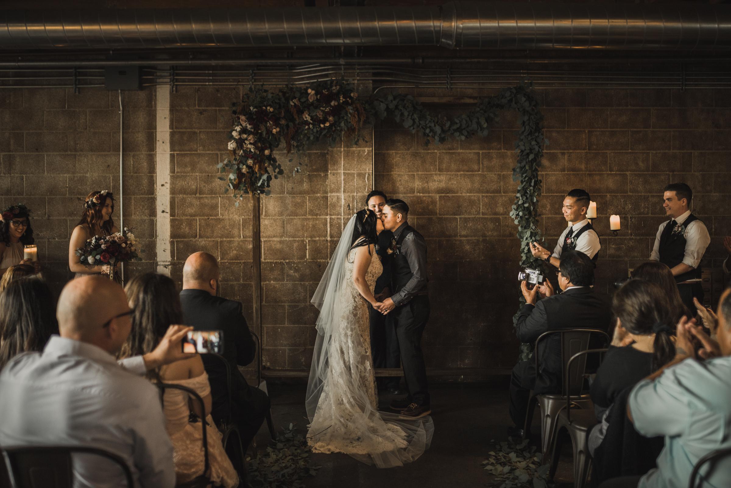 ©Isaiah + Taylor Photography - Smoky Hollow Studios Wedding, El Segundo, Los Angeles Wedding Photographer-54.jpg