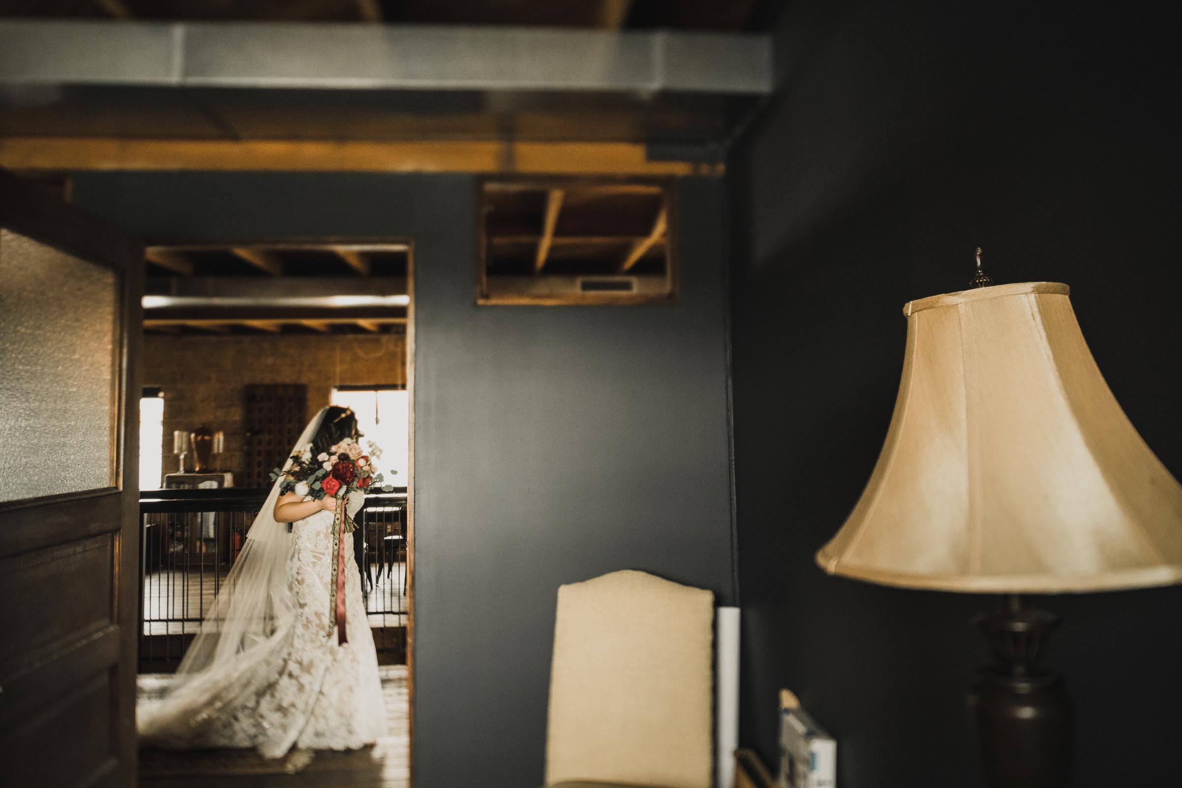 ©Isaiah + Taylor Photography - Smoky Hollow Studios Wedding, El Segundo, Los Angeles Wedding Photographer-58.jpg