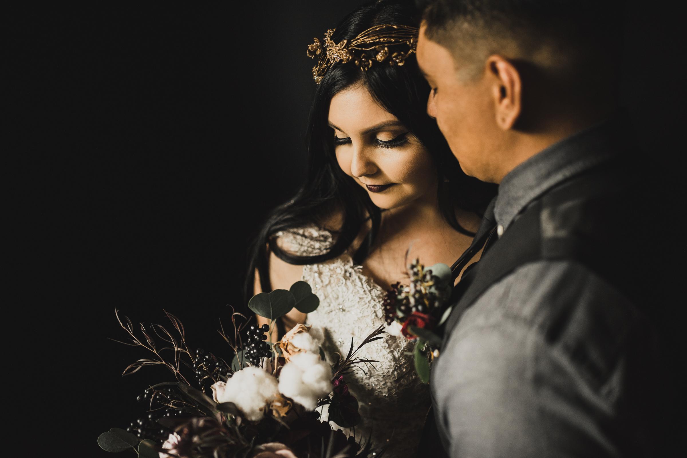 ©Isaiah + Taylor Photography - Smoky Hollow Studios Wedding, El Segundo, Los Angeles Wedding Photographer-61.jpg