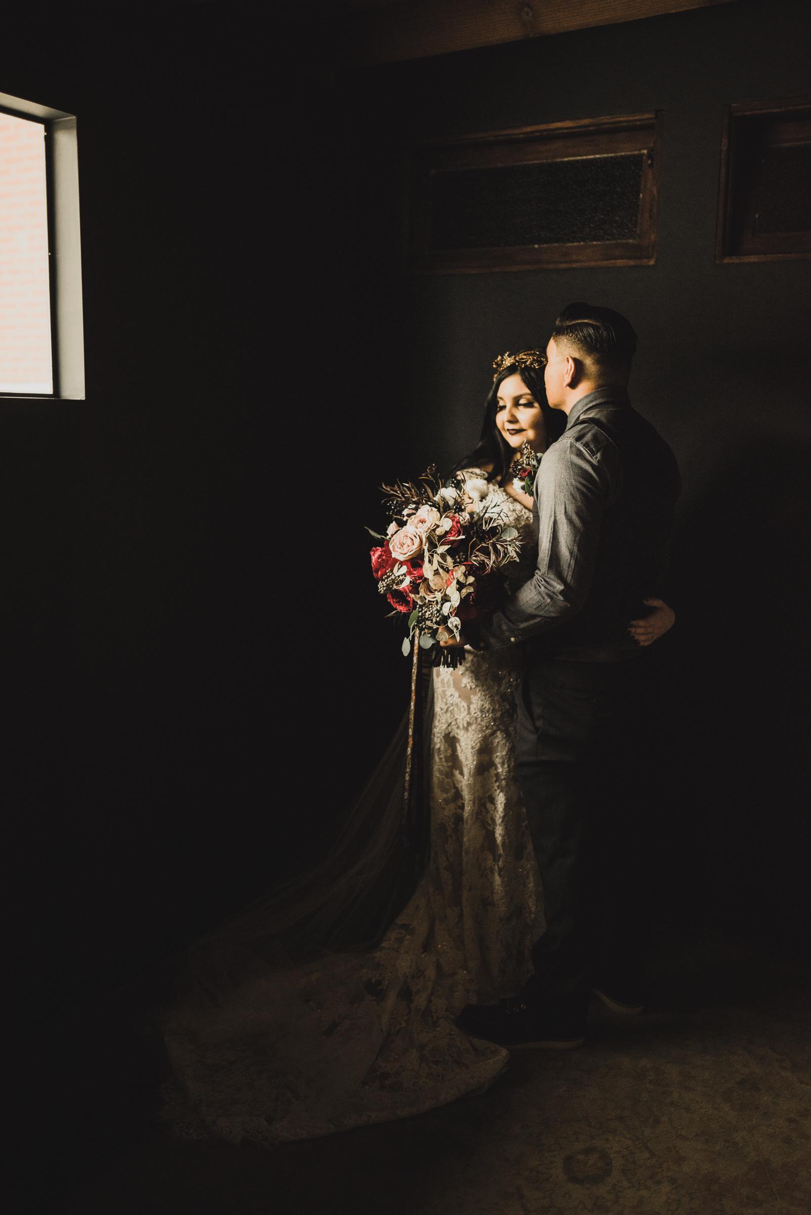 ©Isaiah + Taylor Photography - Smoky Hollow Studios Wedding, El Segundo, Los Angeles Wedding Photographer-62.jpg