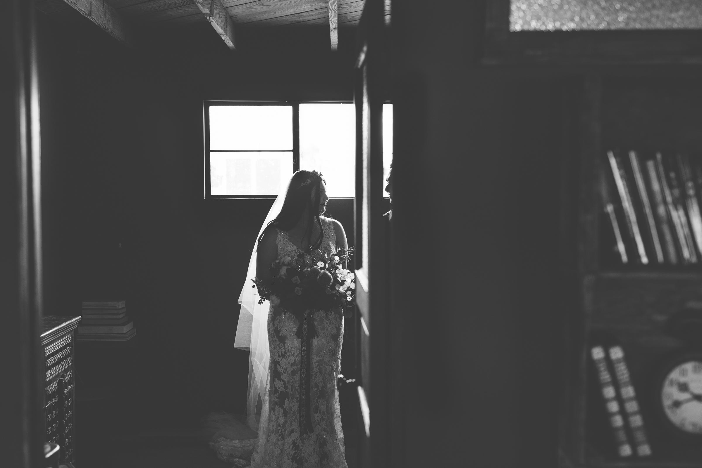 ©Isaiah + Taylor Photography - Smoky Hollow Studios Wedding, El Segundo, Los Angeles Wedding Photographer-63.jpg