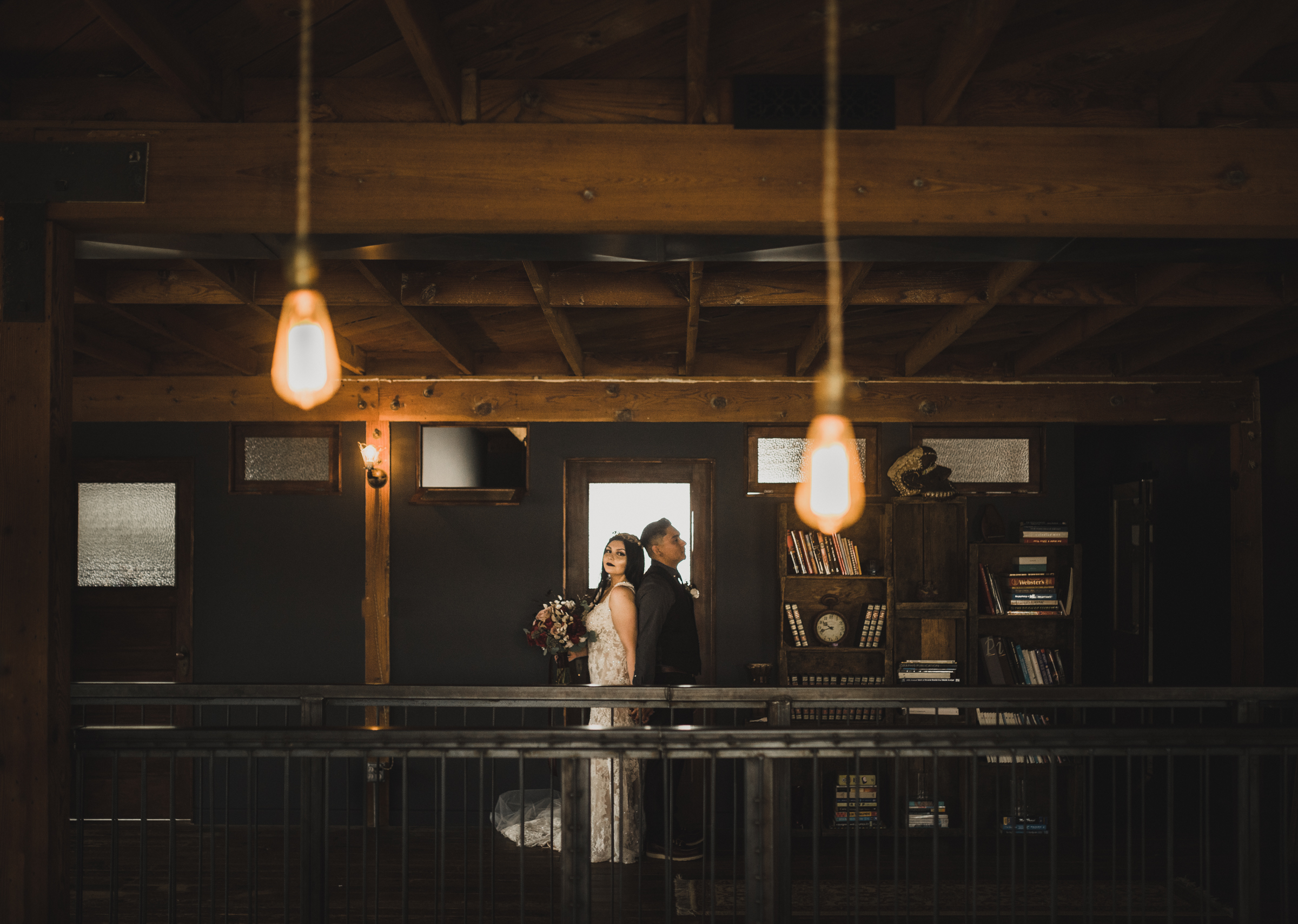 ©Isaiah + Taylor Photography - Smoky Hollow Studios Wedding, El Segundo, Los Angeles Wedding Photographer-65.jpg