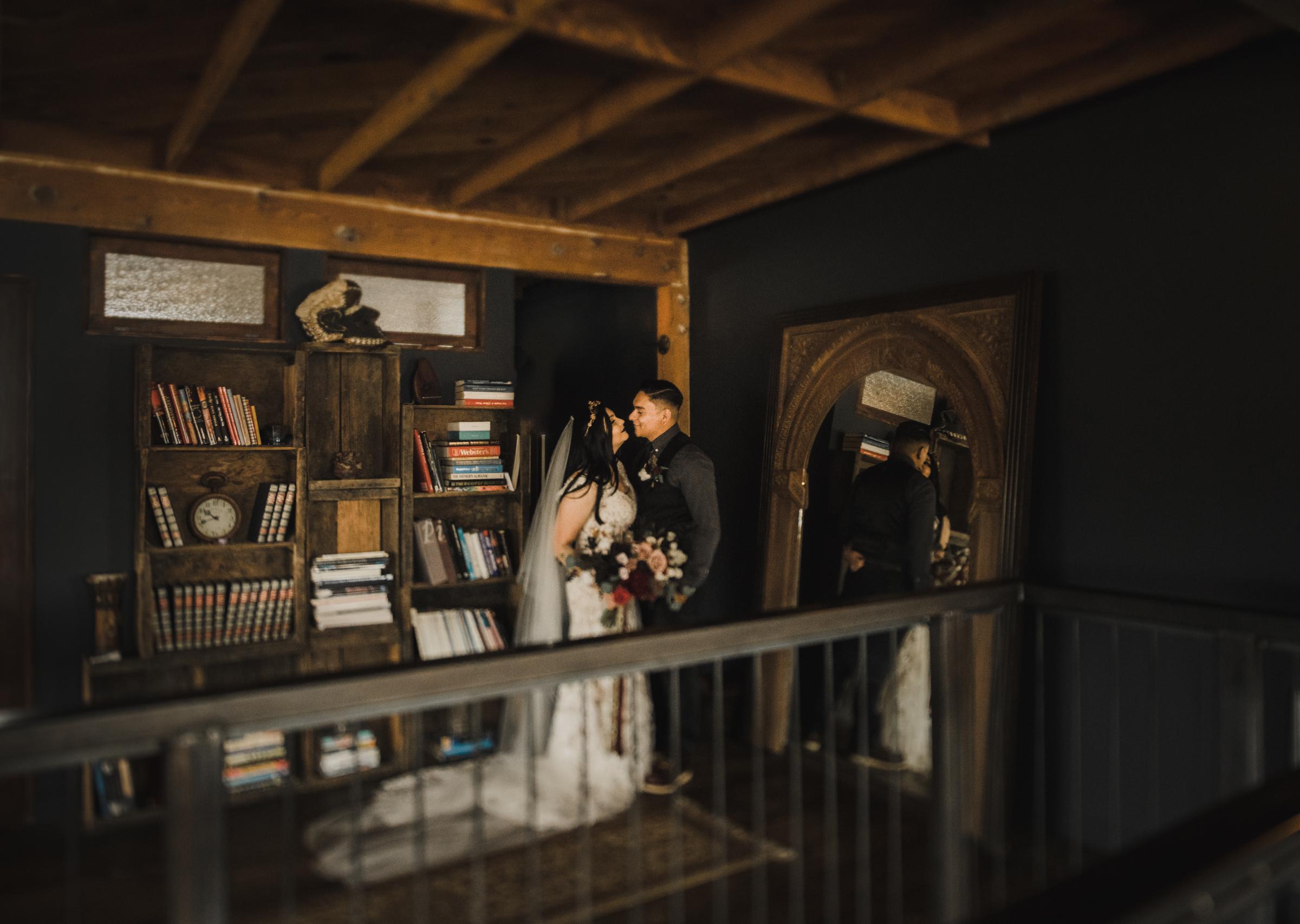 ©Isaiah + Taylor Photography - Smoky Hollow Studios Wedding, El Segundo, Los Angeles Wedding Photographer-66.jpg
