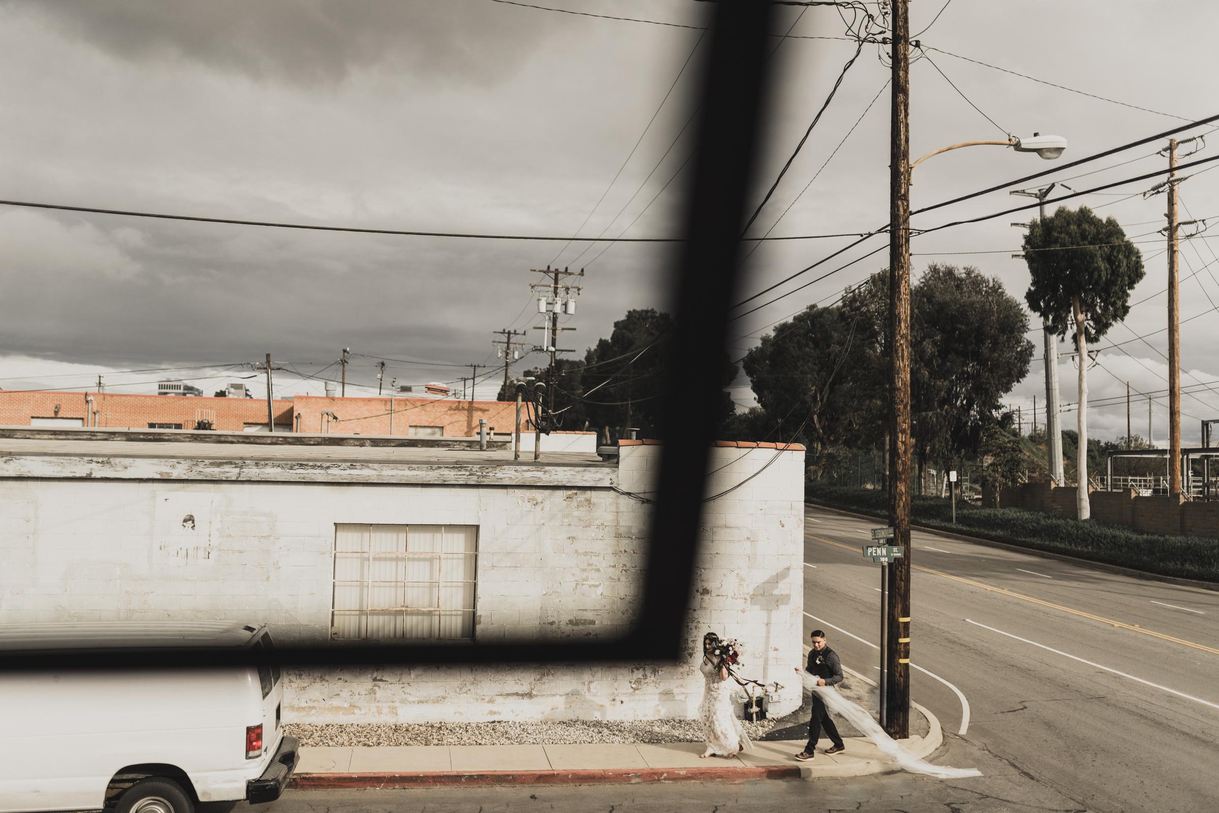 ©Isaiah + Taylor Photography - Smoky Hollow Studios Wedding, El Segundo, Los Angeles Wedding Photographer-76.jpg