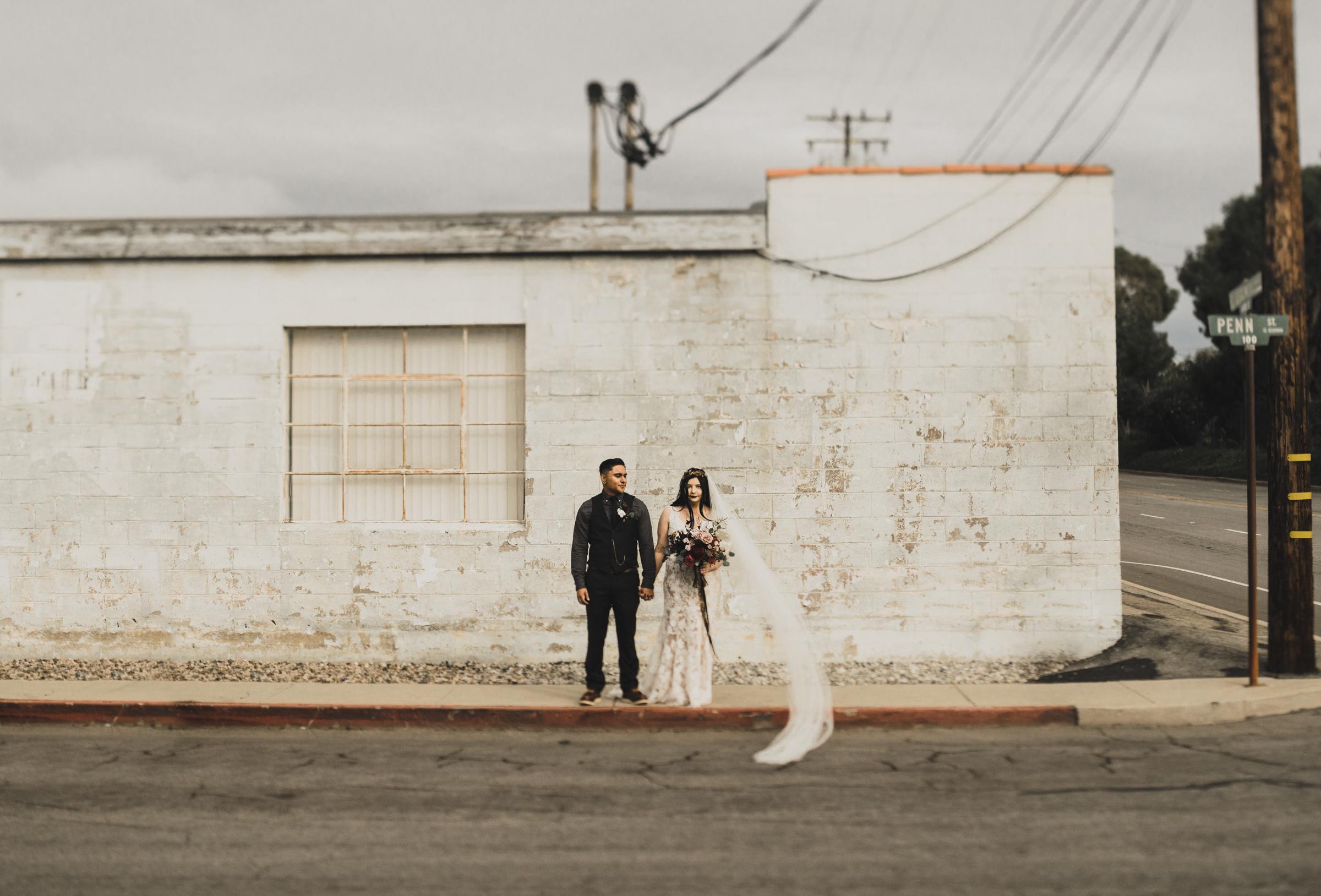 ©Isaiah + Taylor Photography - Smoky Hollow Studios Wedding, El Segundo, Los Angeles Wedding Photographer-77.jpg