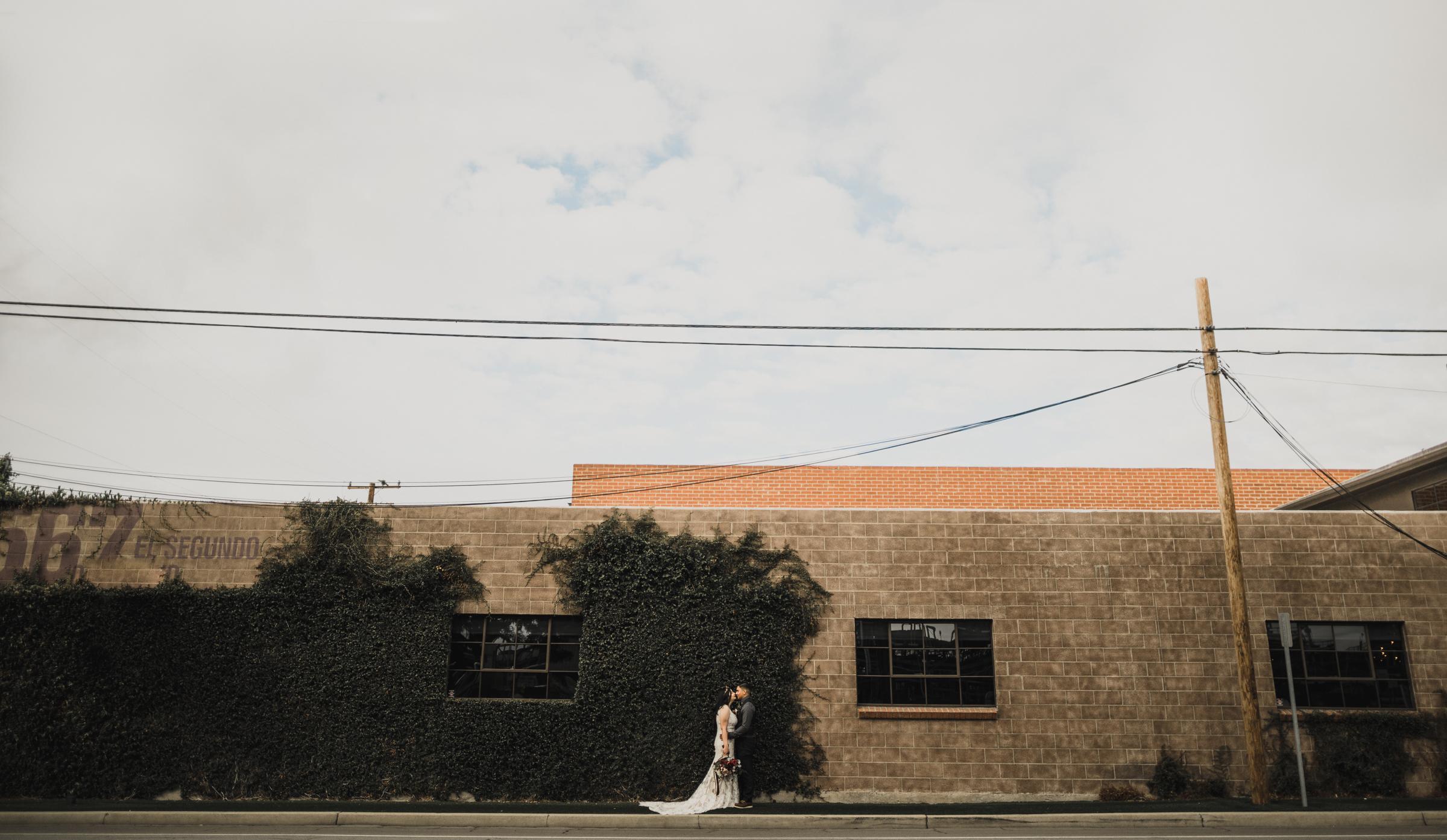 ©Isaiah + Taylor Photography - Smoky Hollow Studios Wedding, El Segundo, Los Angeles Wedding Photographer-83.jpg