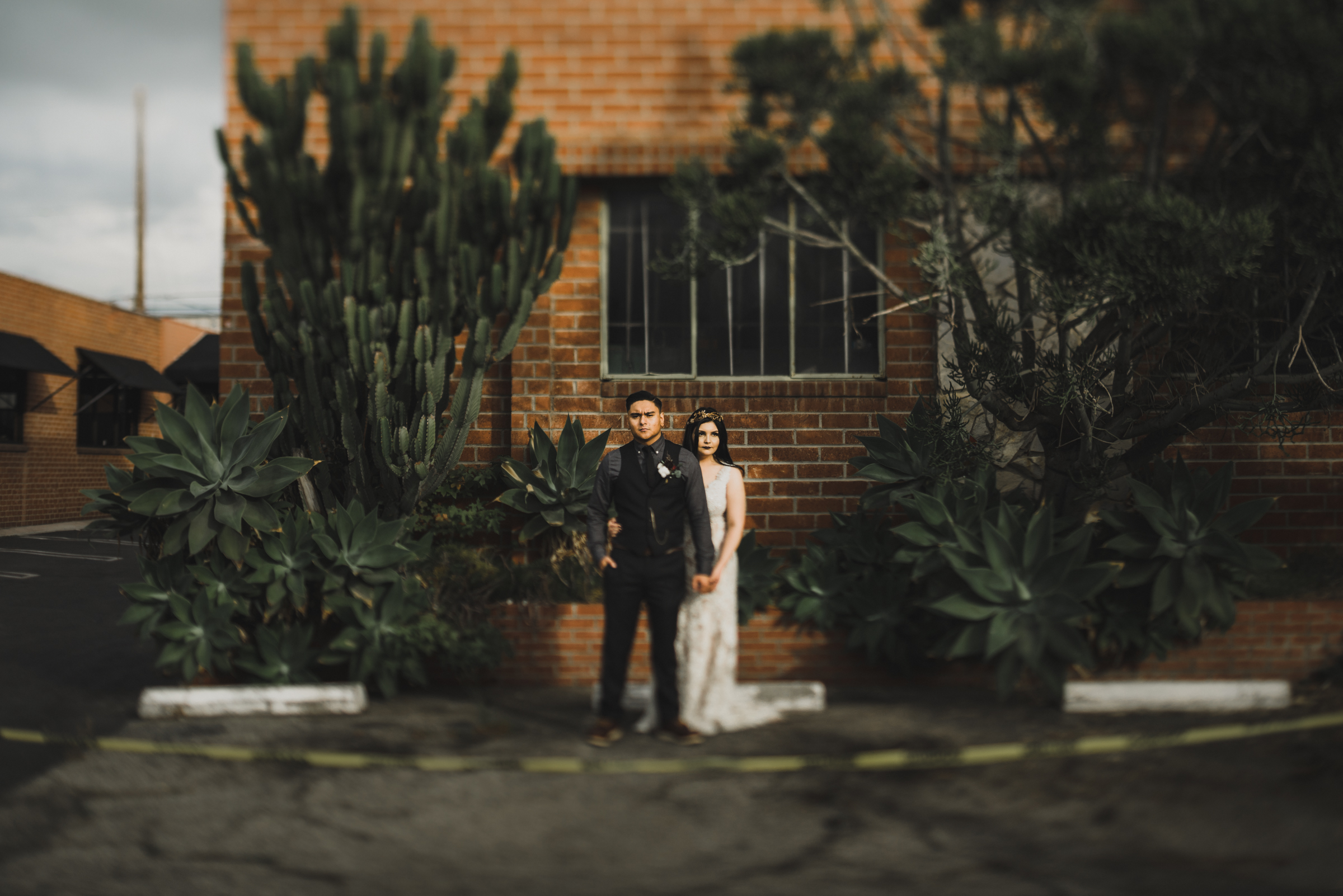 ©Isaiah + Taylor Photography - Smoky Hollow Studios Wedding, El Segundo, Los Angeles Wedding Photographer-86.jpg
