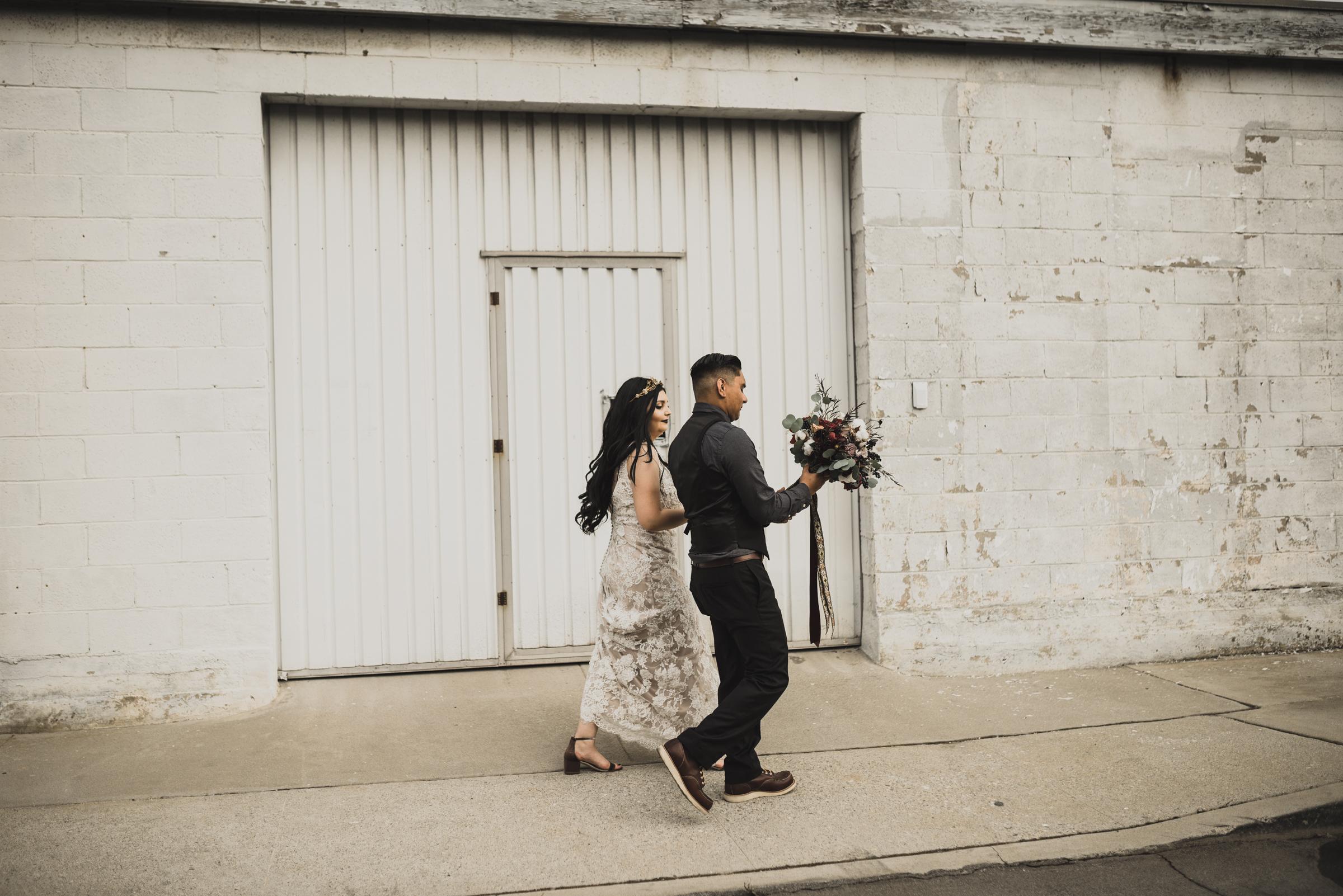 ©Isaiah + Taylor Photography - Smoky Hollow Studios Wedding, El Segundo, Los Angeles Wedding Photographer-91.jpg
