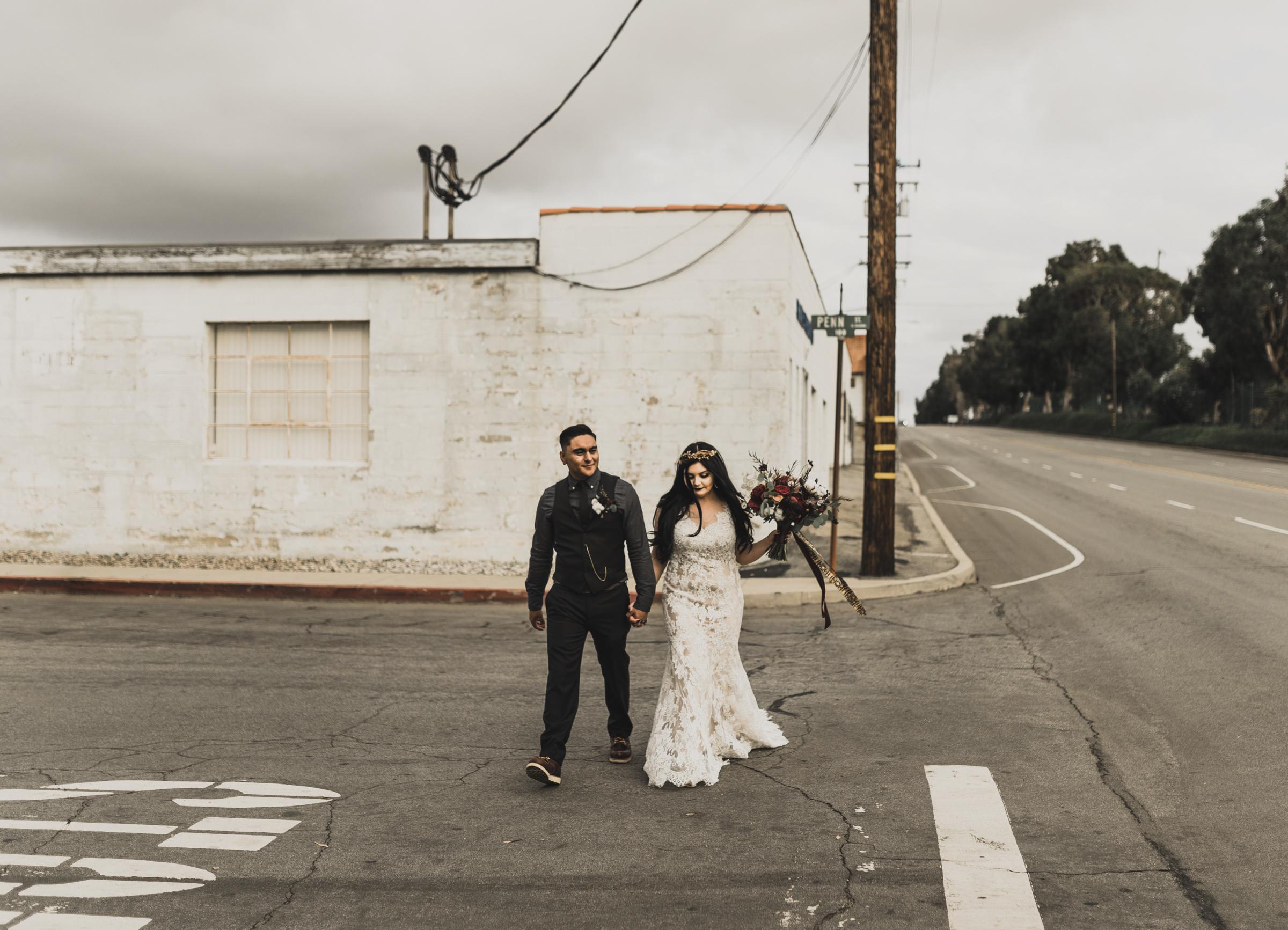 ©Isaiah + Taylor Photography - Smoky Hollow Studios Wedding, El Segundo, Los Angeles Wedding Photographer-94.jpg